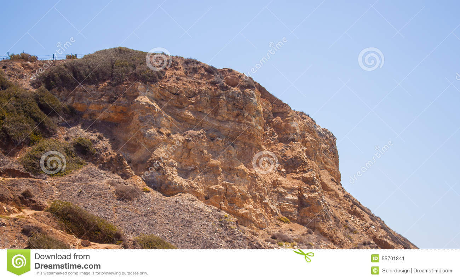 Berg Rocky Cliff 02