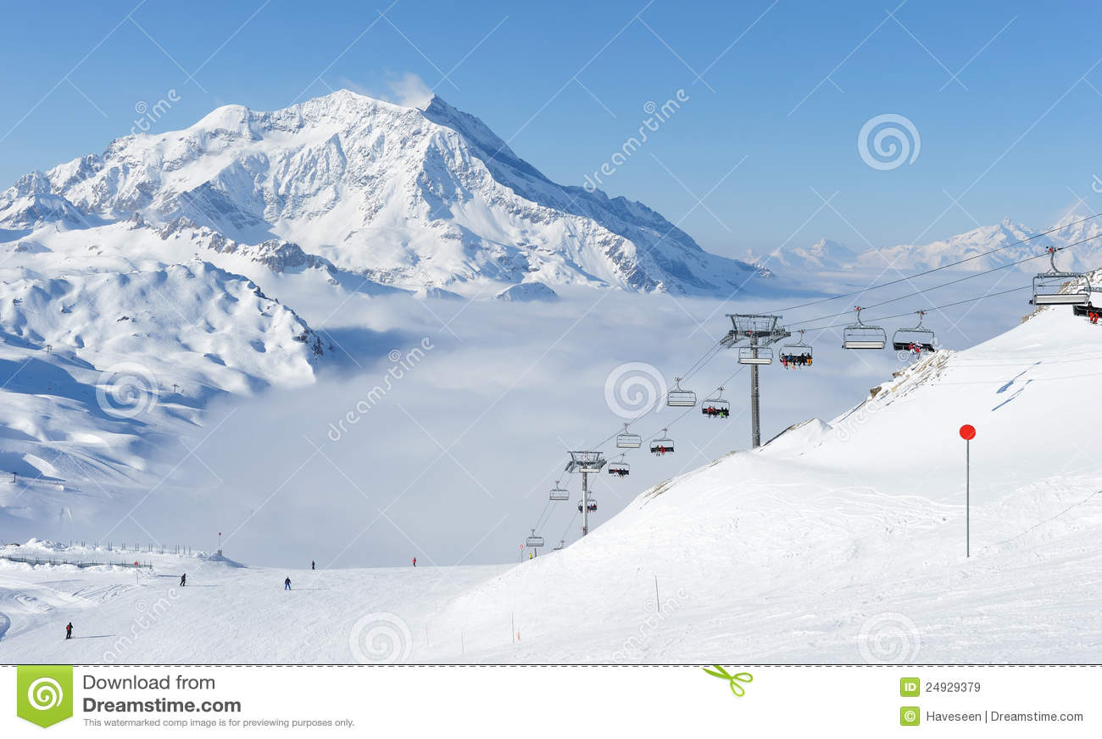 Berg snow vintern