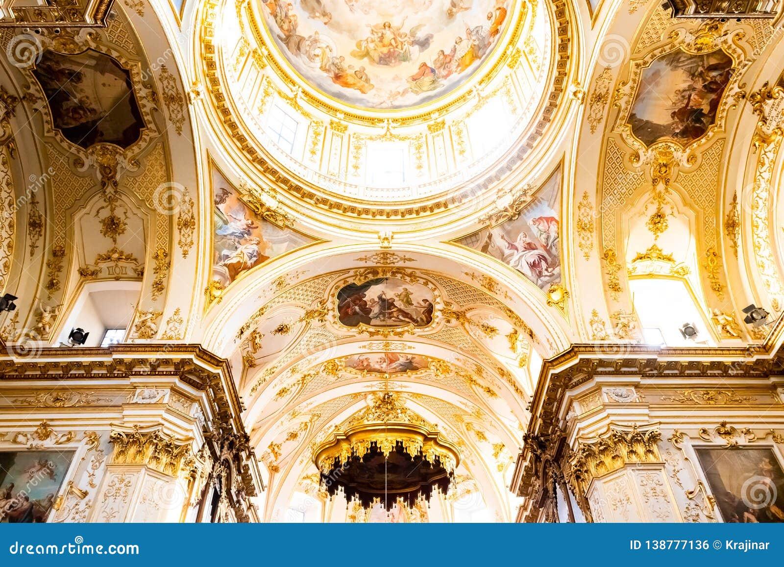 Bergame, Italie - 25 janvier 2019 - à l intérieur d intérieur de cathédrale dans Citta Alta, Di Bergame, une cathédrale de Catted
