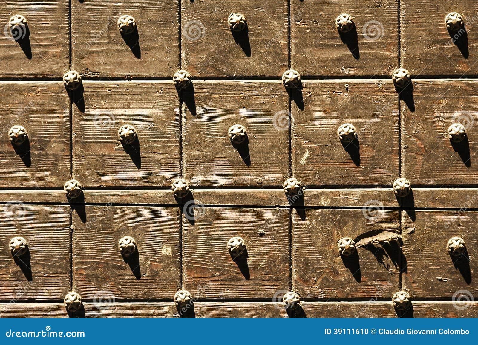 Bergamo, houten deur