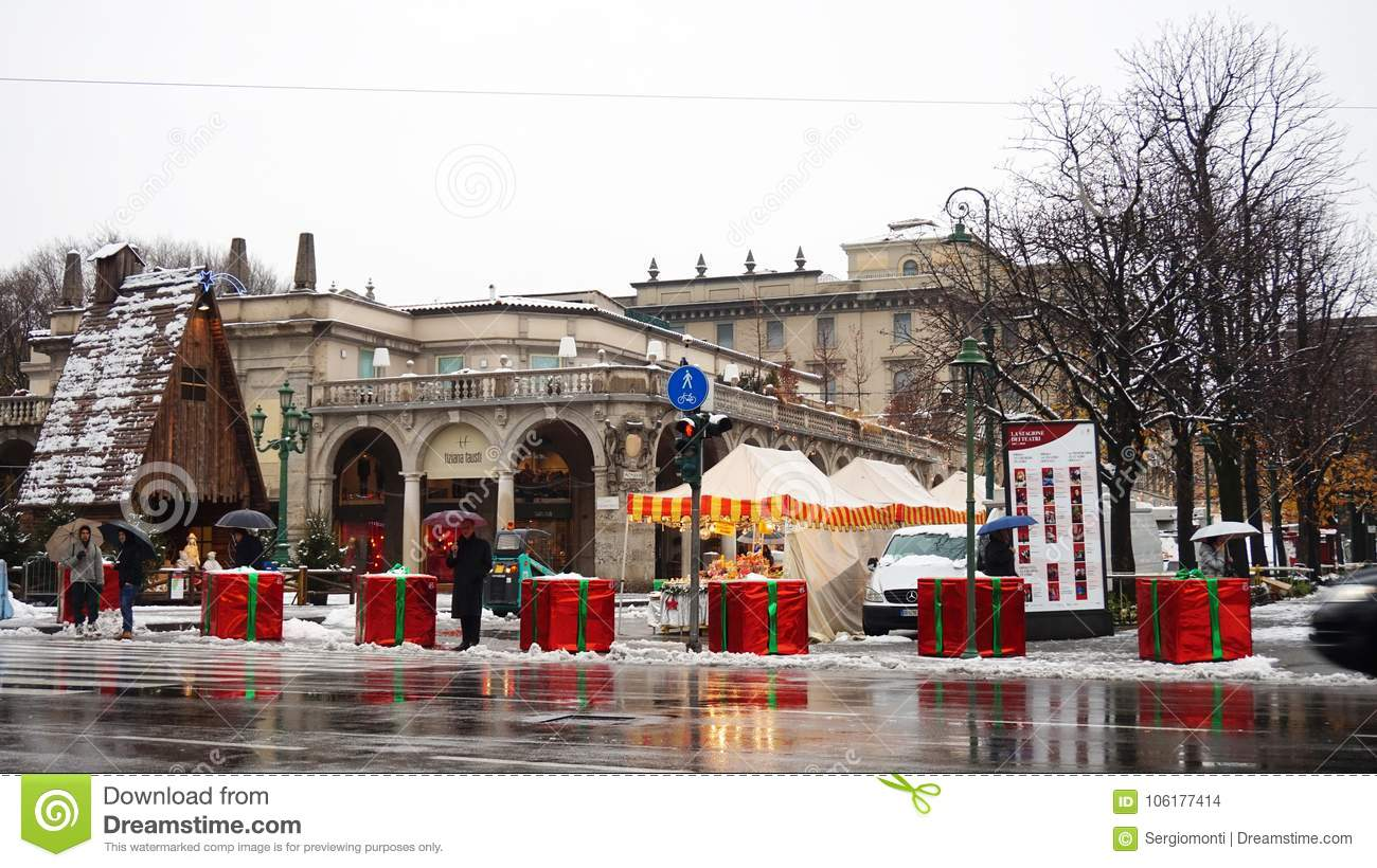 bergamo-italy-december-concrete-blocks-covered-like-giant-christmas-gifts-to-protect-terrorist-trucks-attacks-106177414.jpg