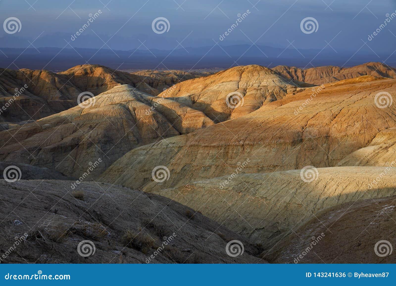 Bergen in de woestijn