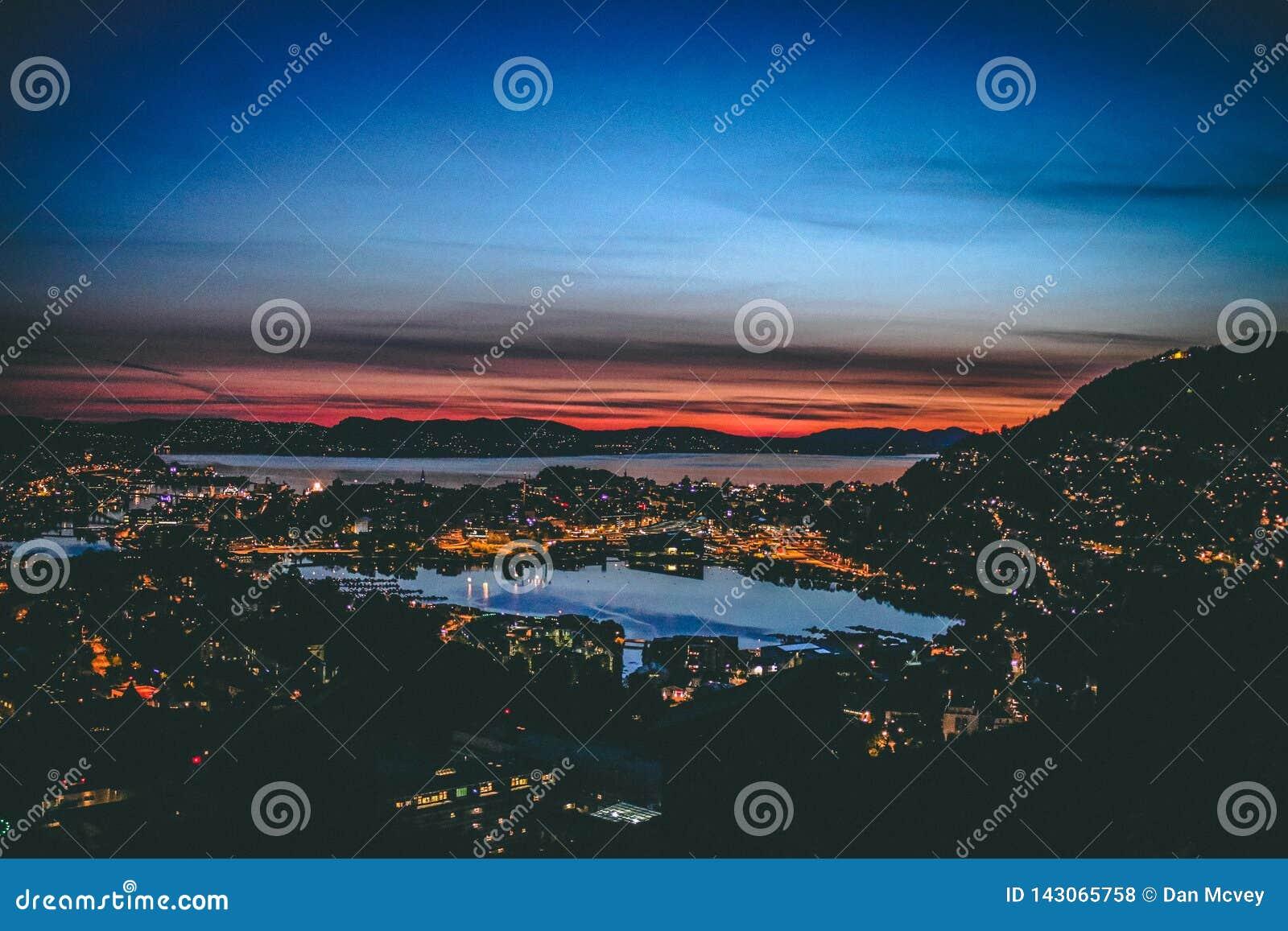 Bergen na lato nocy