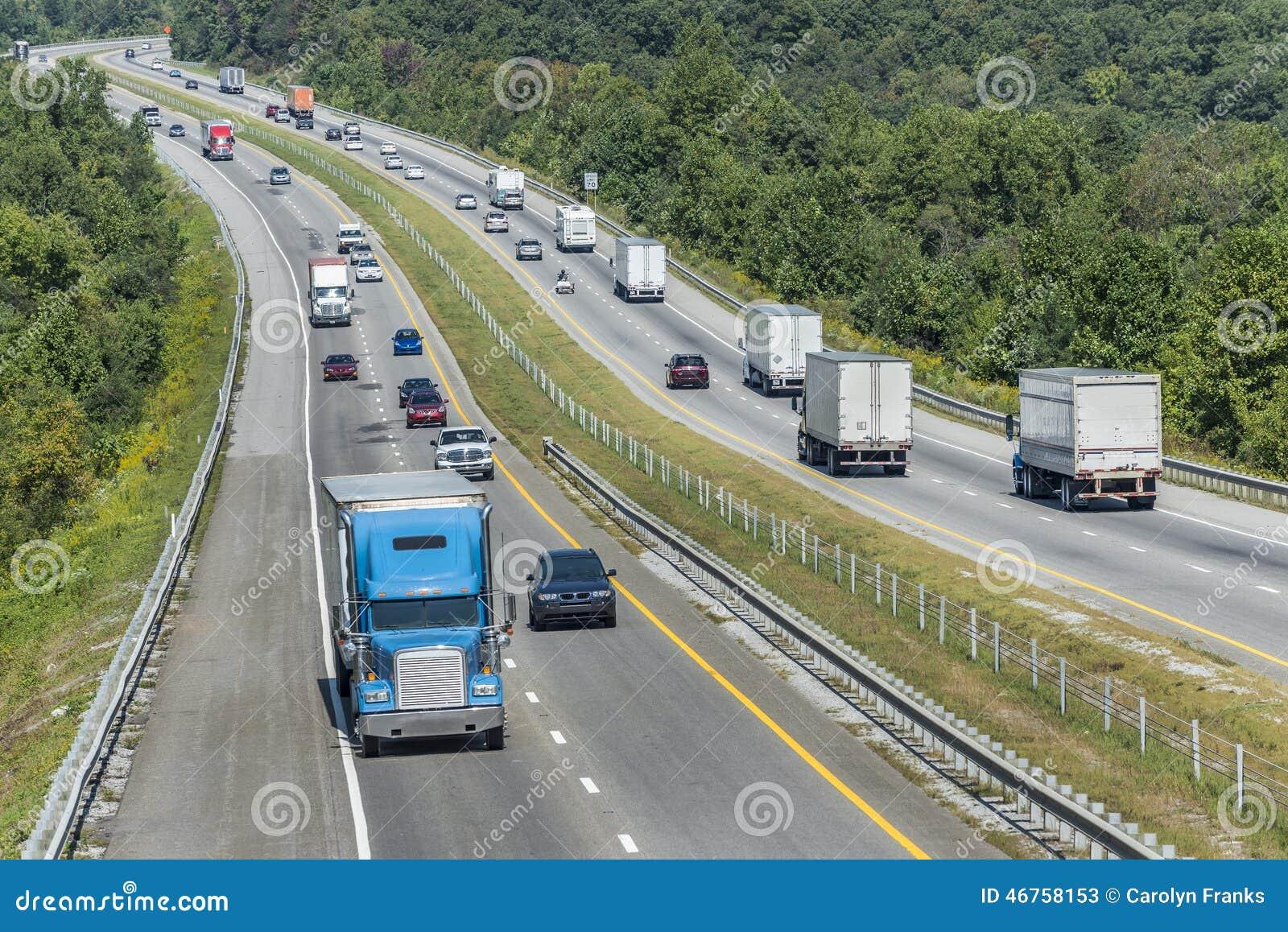 Berghuvudvägar med trafik