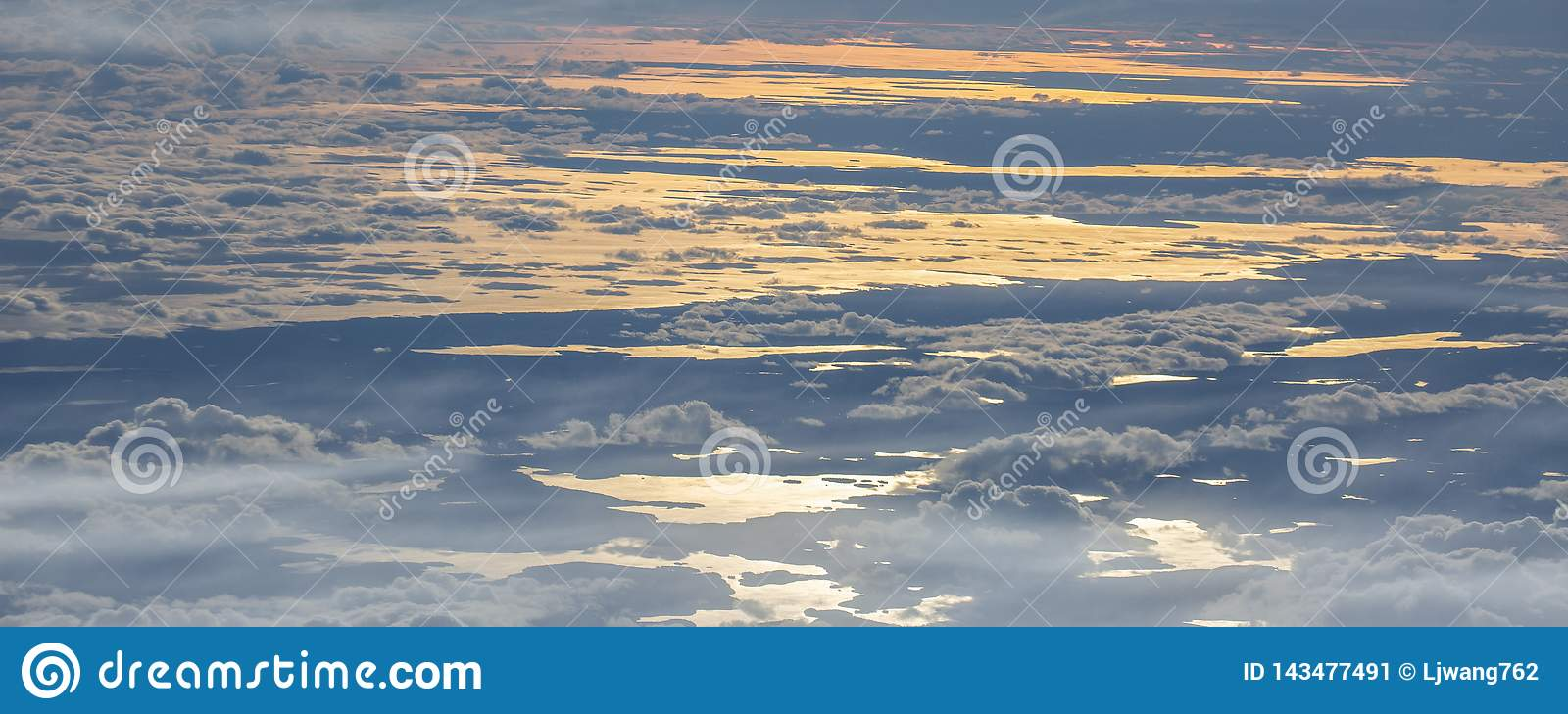 6Take an aerial view of the ice and sunrise over the bering strait.(1)