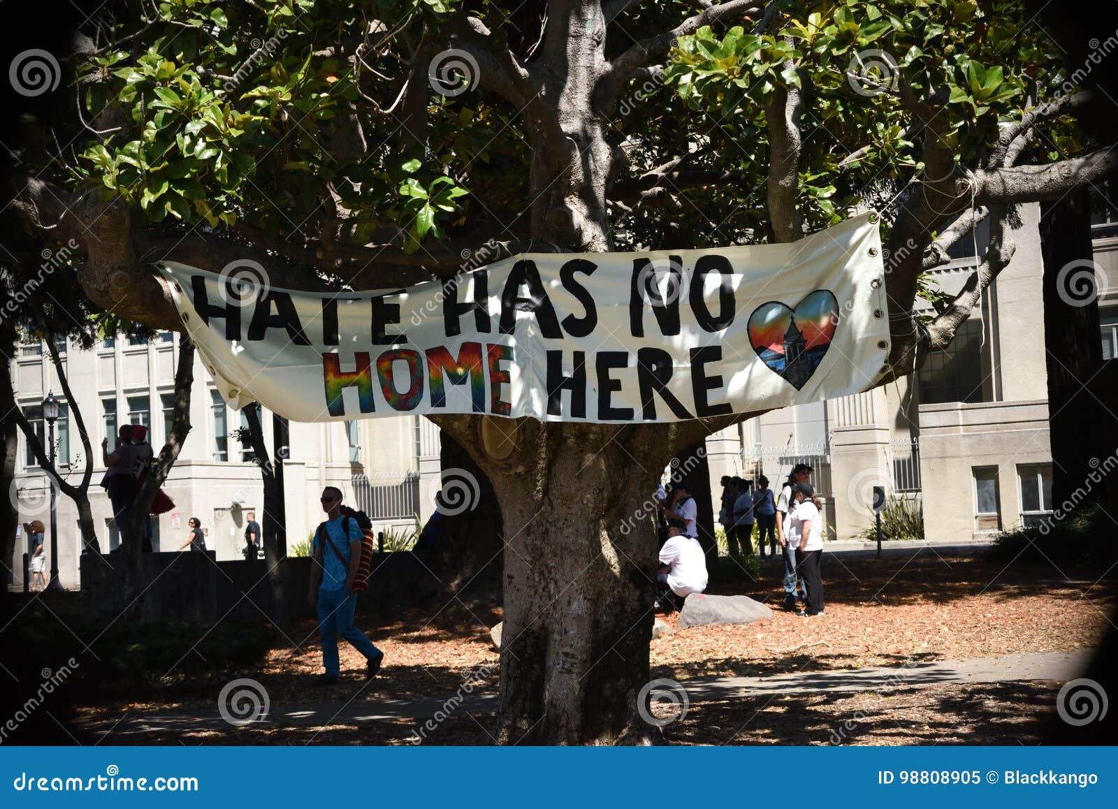 Berkeley Protests Against Fascism, racisme, et Donald Trump