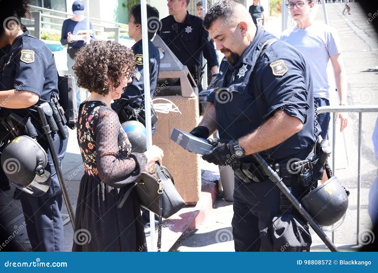 Berkeley Protests Against Fascism, racismo, e Donald Trump