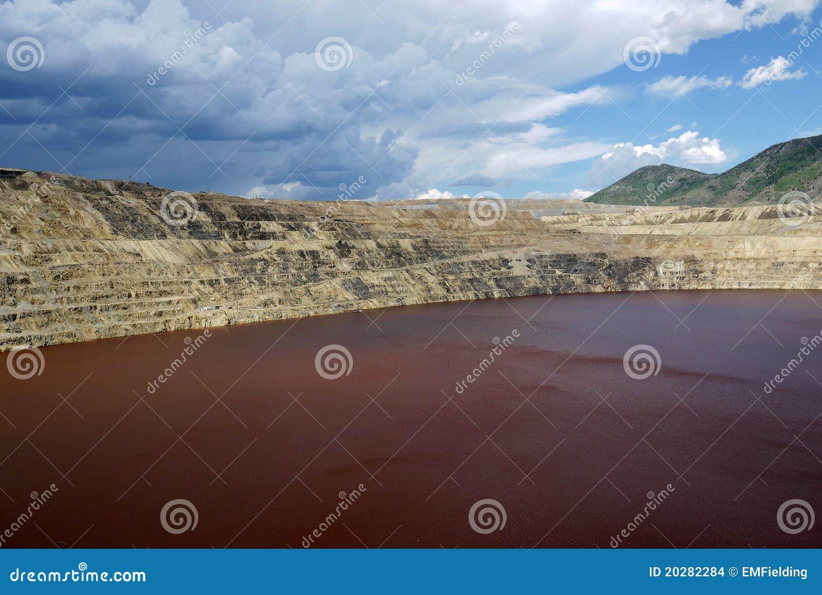 Berkley铜矿露天开采矿