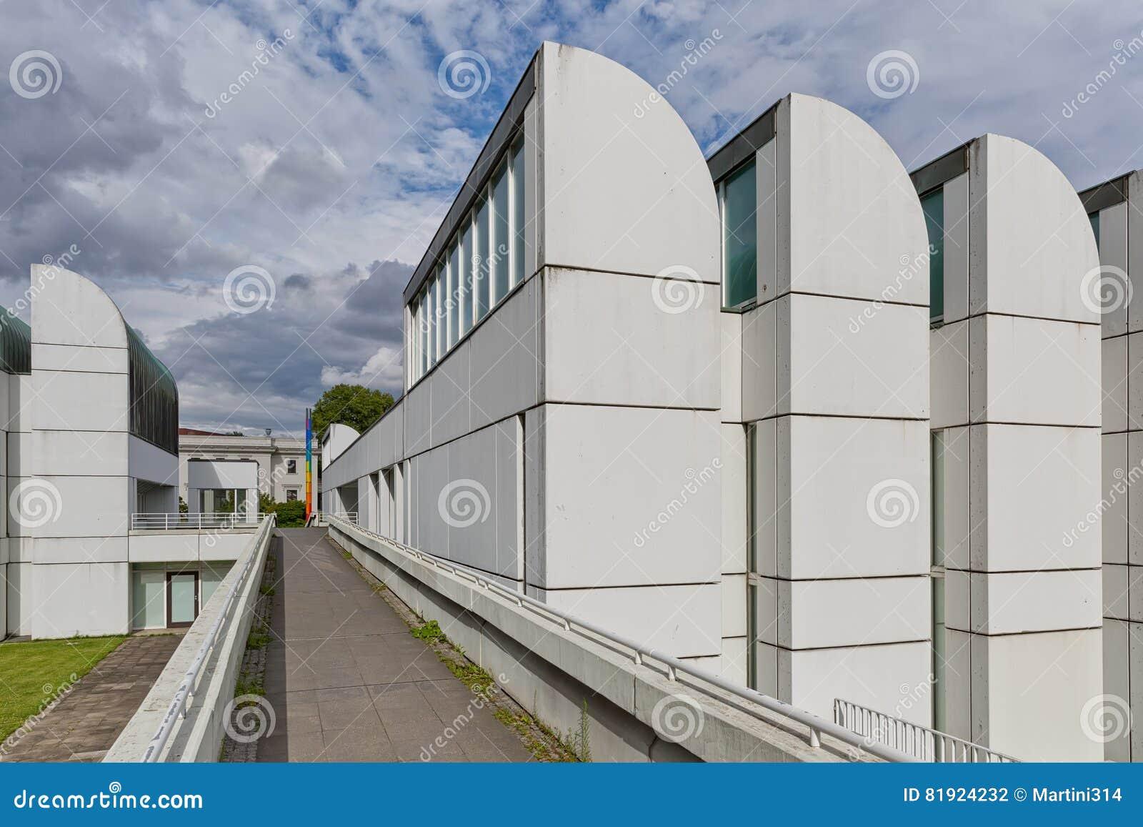 BERLIJN, DUITSLAND - JULI 2015: Bauhaus Archiv in Berlin German