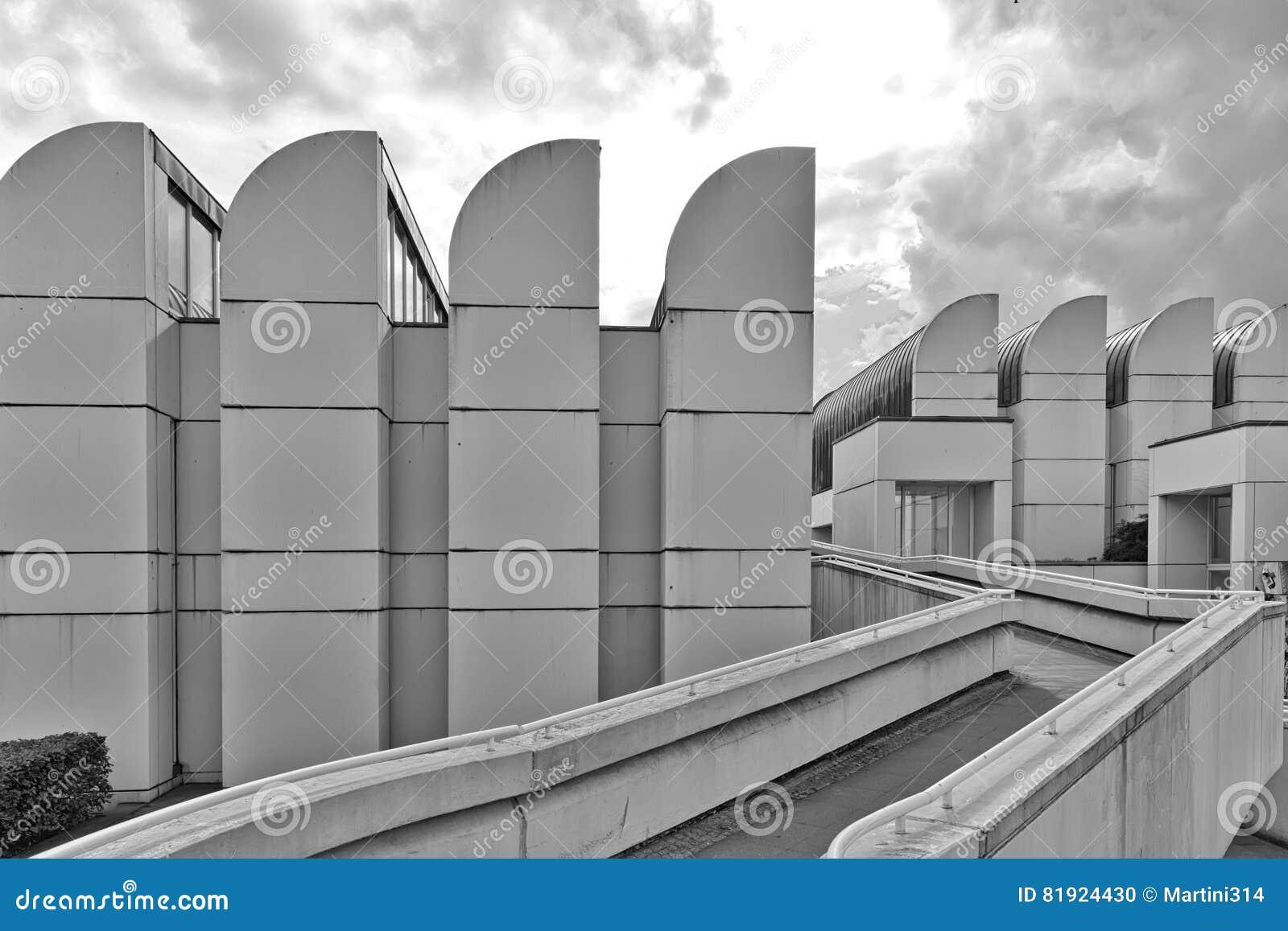 BERLIJN, DUITSLAND - JULI 2015: Het Bauhaus-Archief, Museum van Desi