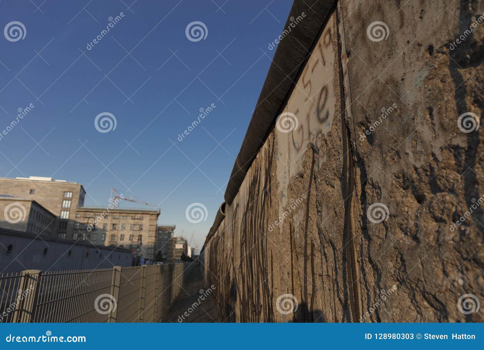 Berlim, Alemanha; 20 de agosto de 2018; sobras de Berlin Mauer o