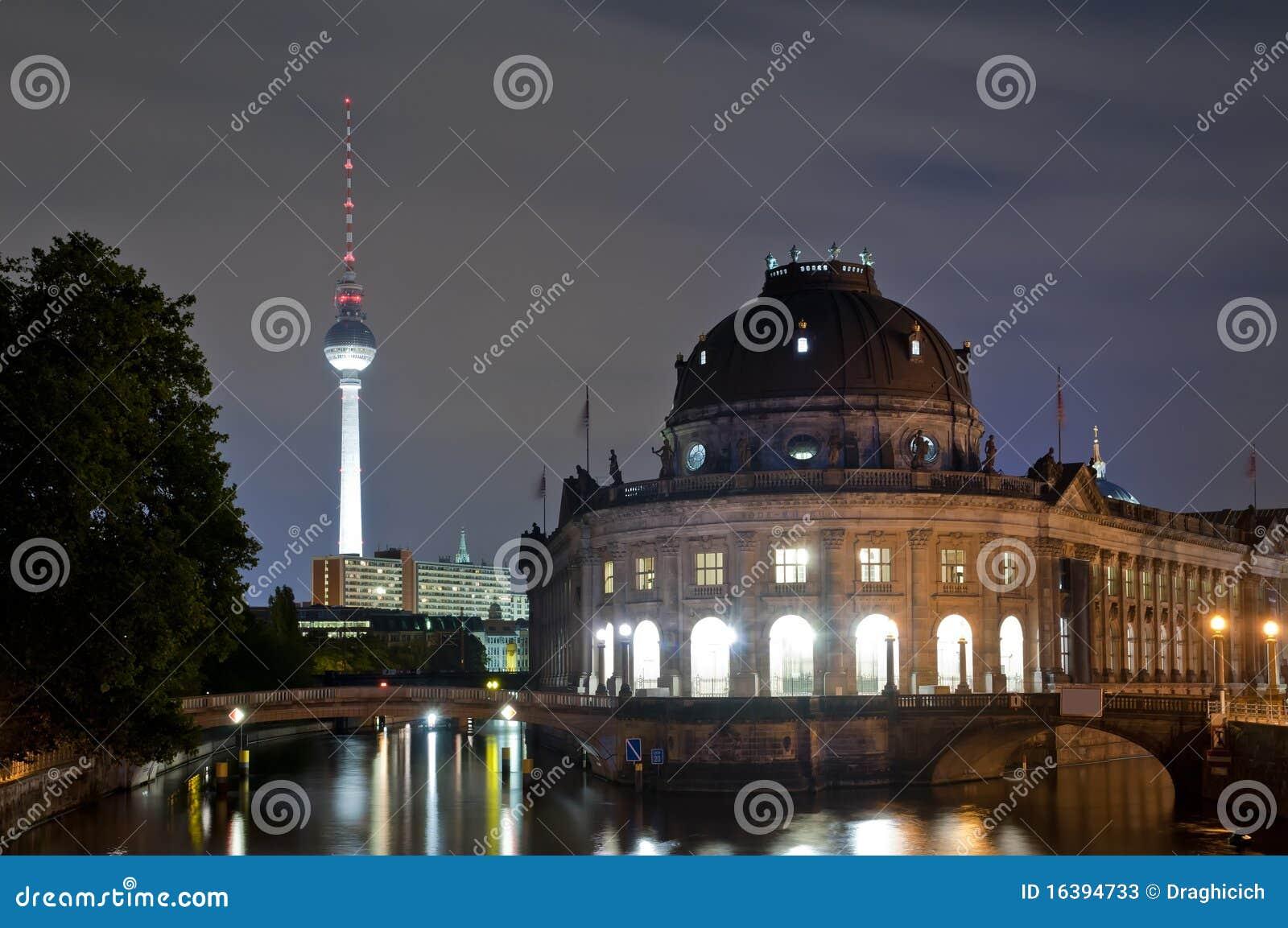 Berlin bode башня tv ночи музея