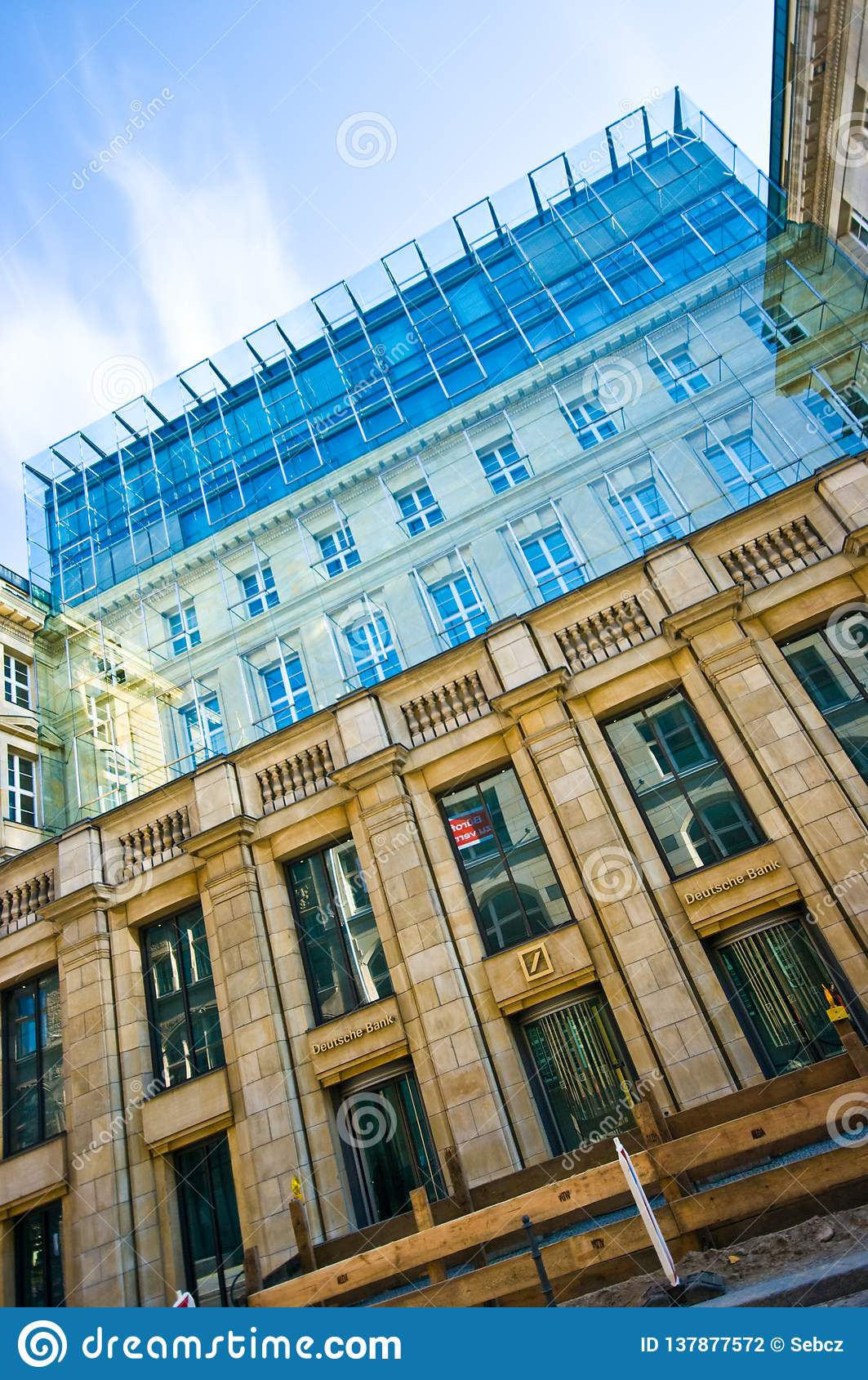 Berlin, Deutsche Bank Gebäude Redaktionelles Stockfotografie ...