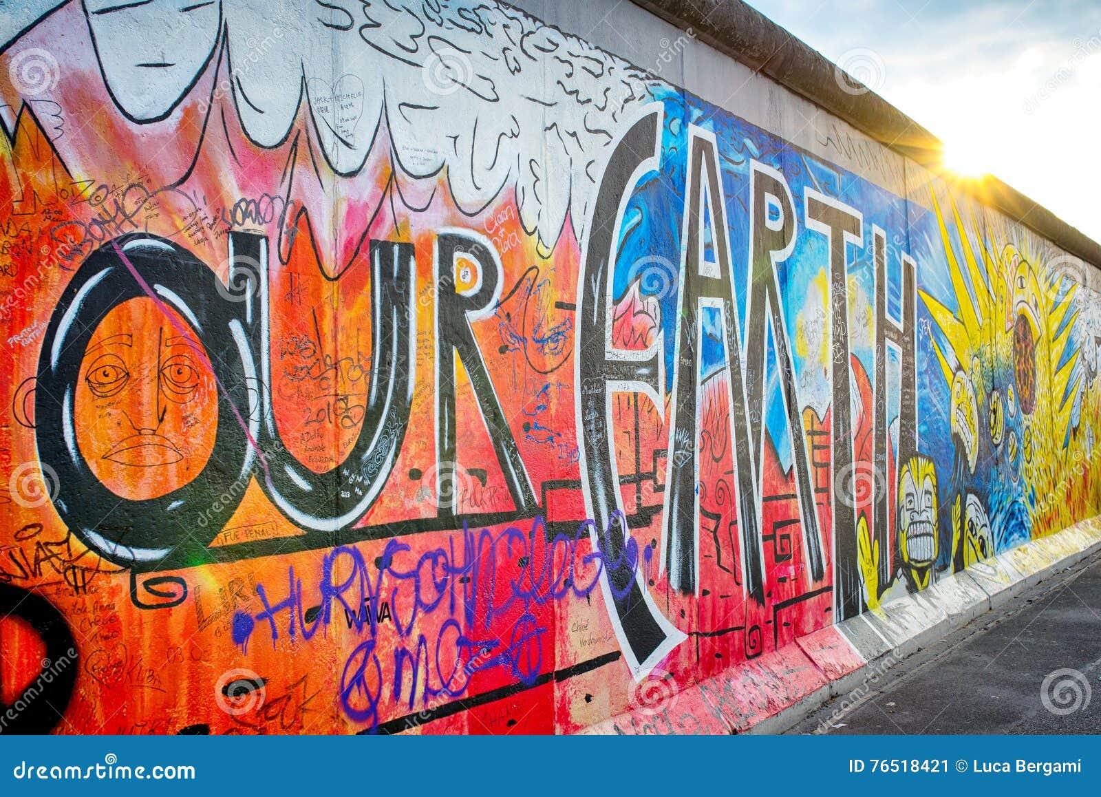 Grafiti wall berlin - Berlin Graffiti Wall Editorial Photo