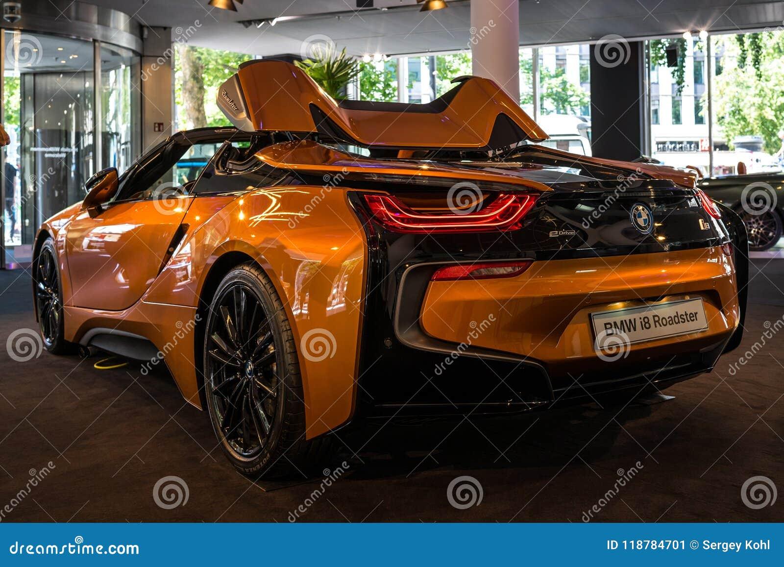 A Plug In Hybrid Sports Car Bmw I8 Roadster Editorial Photo Image Of Automotive Orange 118784701