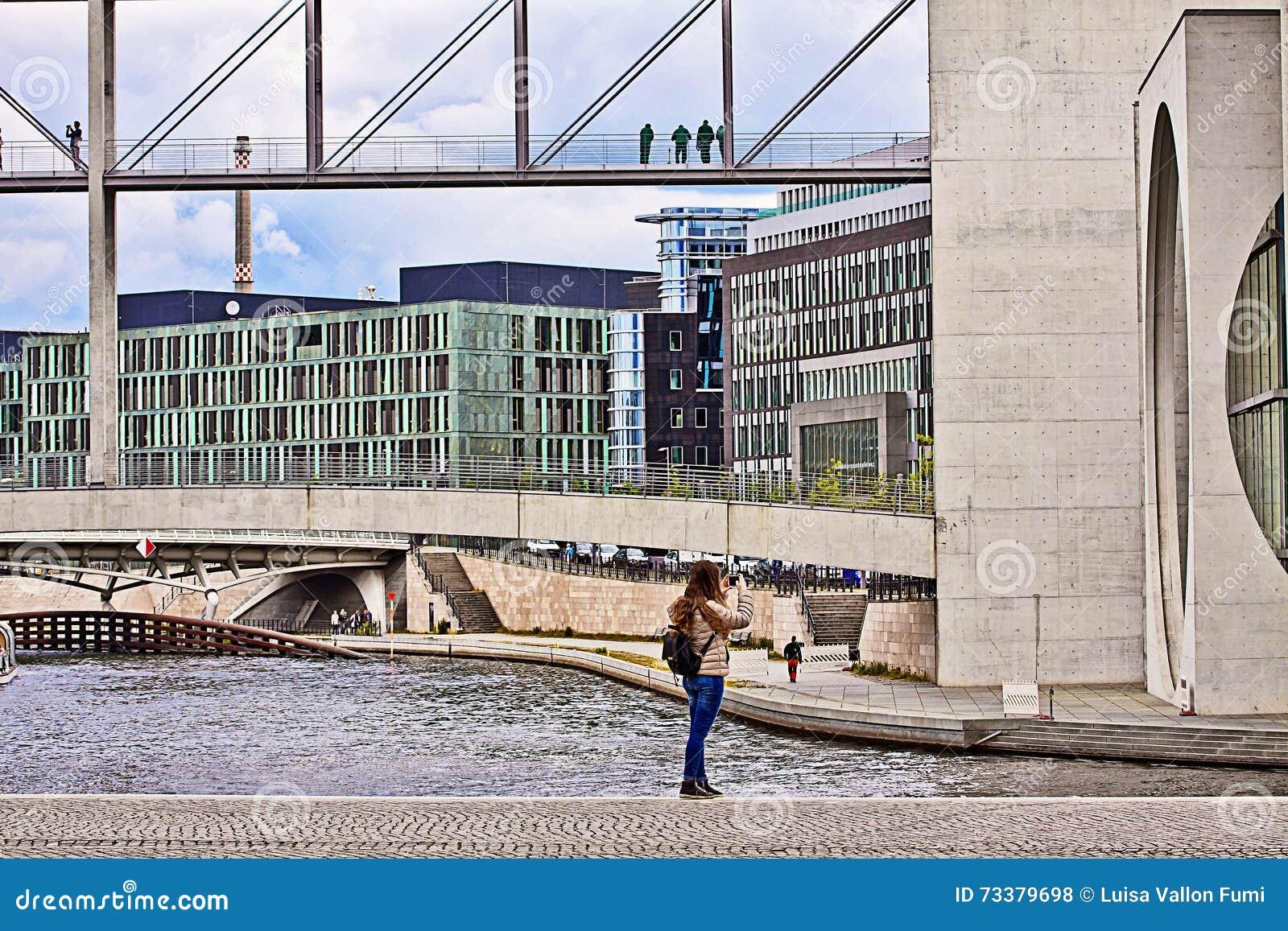Berlin Moderne Architektur Regierungsgebaude Auf Dem Gelage