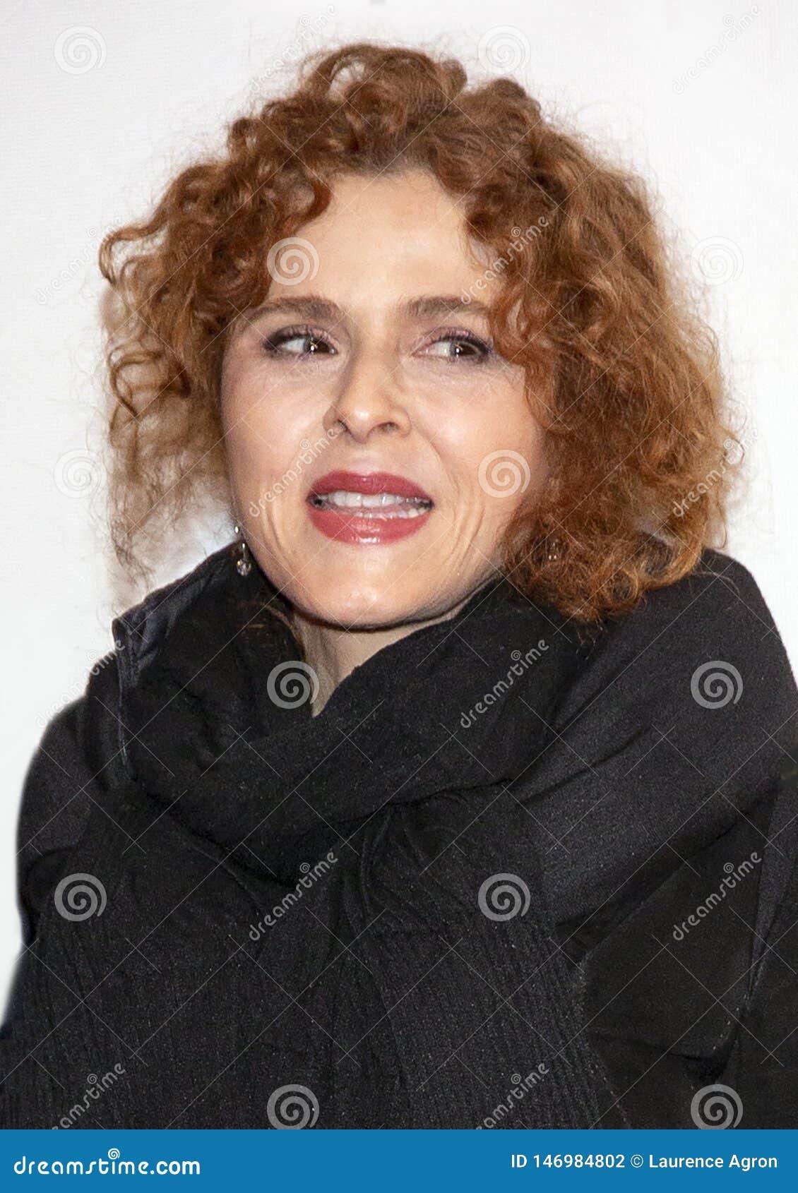 Bernadette Peters przy premiera «Ono Bierze Szaleńczego «przy 2019 Tribeca festiwalem filmowym