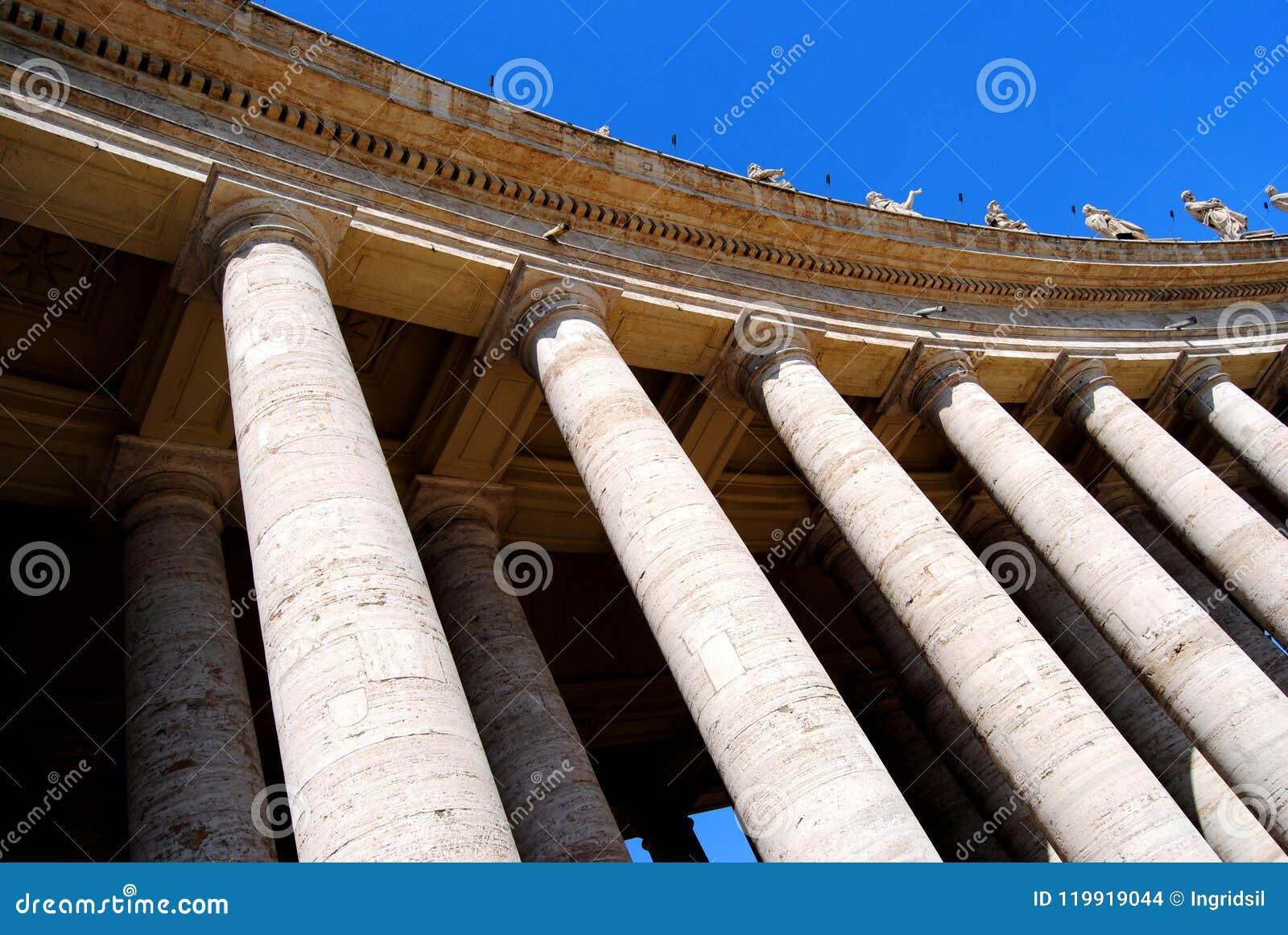 Bernini kolumnada w St Peter kwadracie, watykan