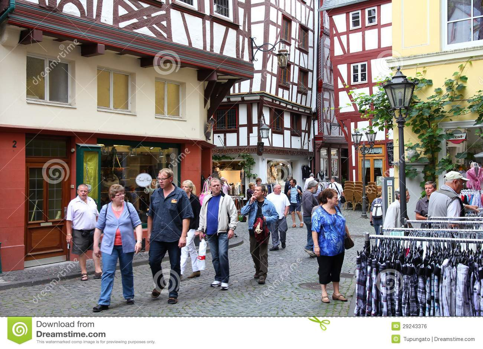 Download Bernkastel-Kues, Alemanha foto editorial. Imagem de marco - 29243376