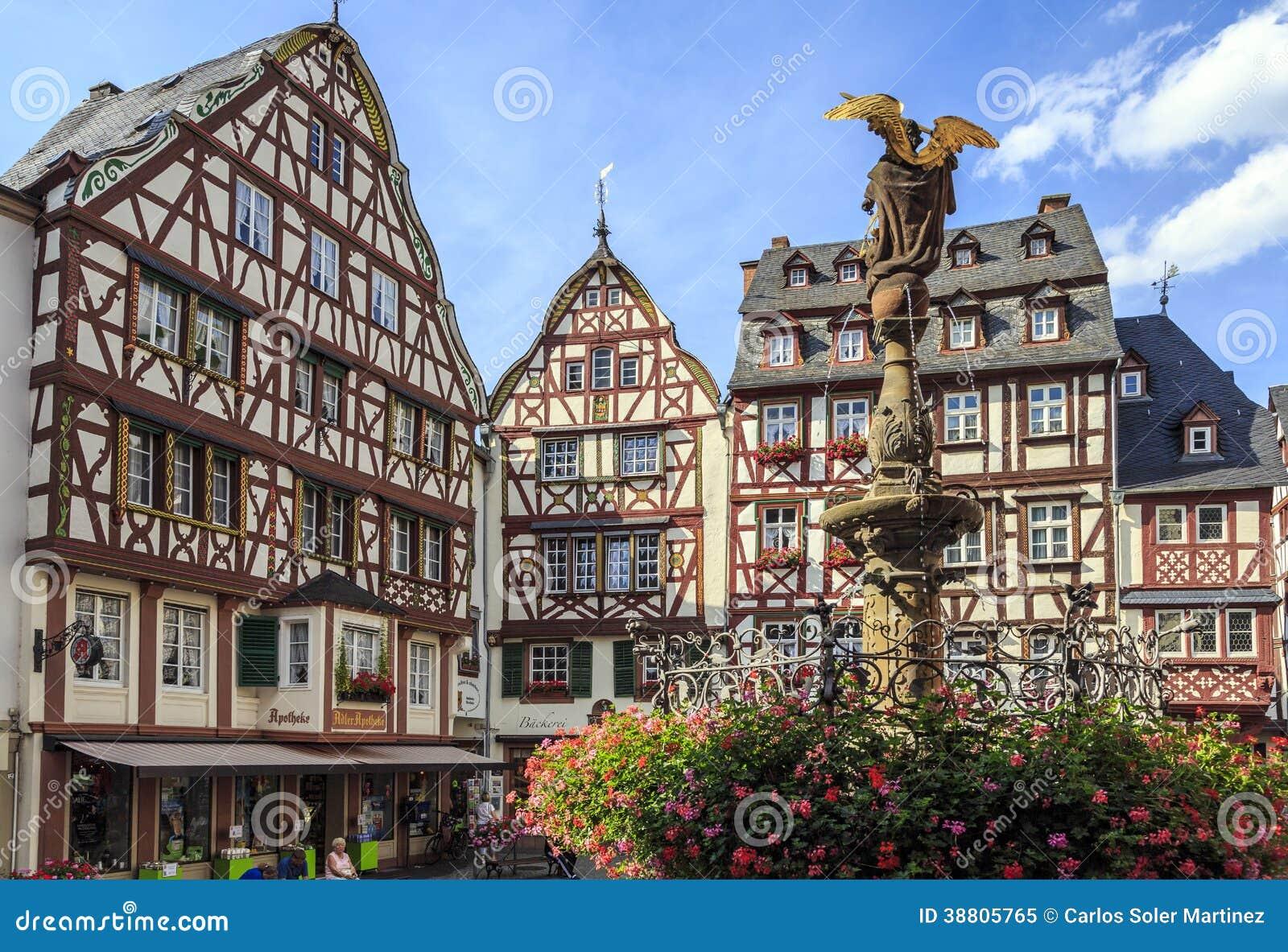 Bernkastel Kues, Deutschland  Redaktionelles Bild   Bild  38805765