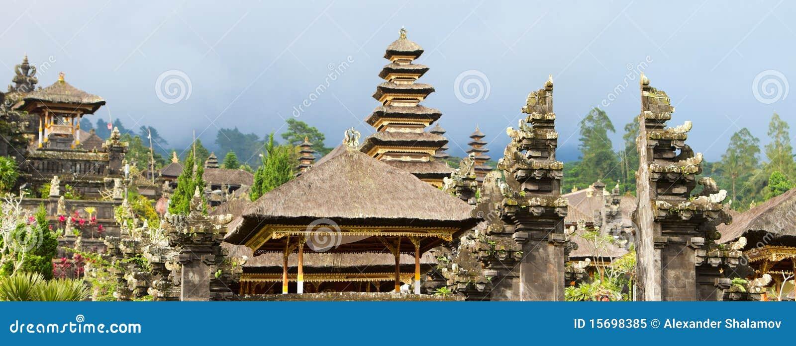 Besakih复杂全景照片寺庙
