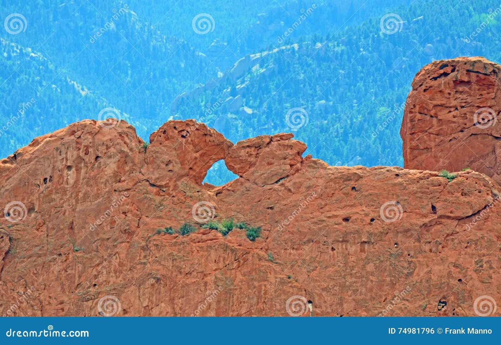 Besar Camellos Y Rocas Rojas En El Jardín De La Piedra Arenisca De ...