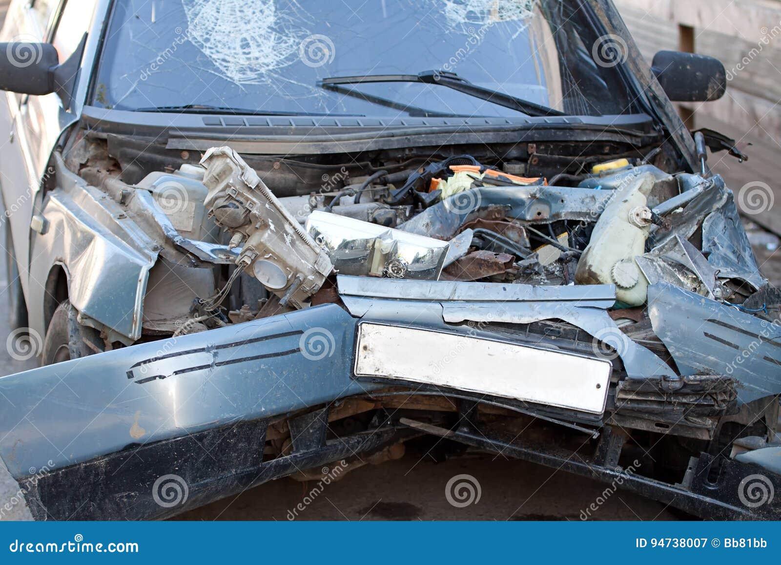 Niedlich Autounfall Fotos Kostenloser Download Bilder - Elektrische ...