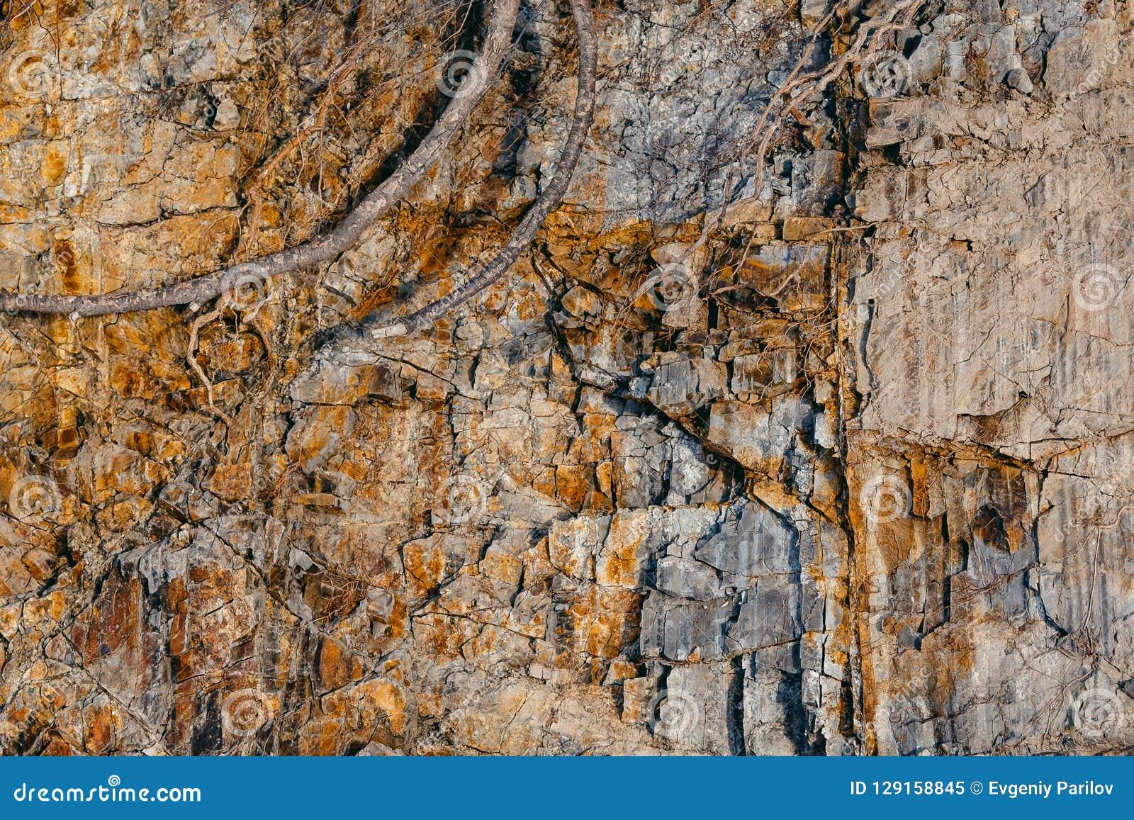 Besnoeiing van de rots en de grond van de aarde
