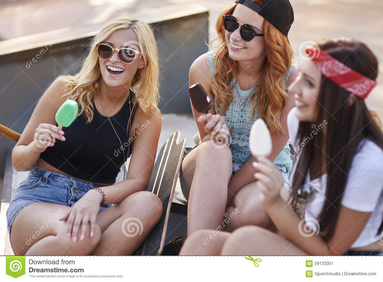 How to Spend Time Outdoors with Friends