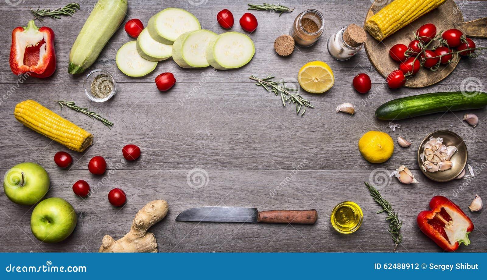 Bestandteile für das Kochen buntes verschiedenes des vegetarischen Lebensmittels Lebensmittel- und Diätnahrungskonzeptplatz des B