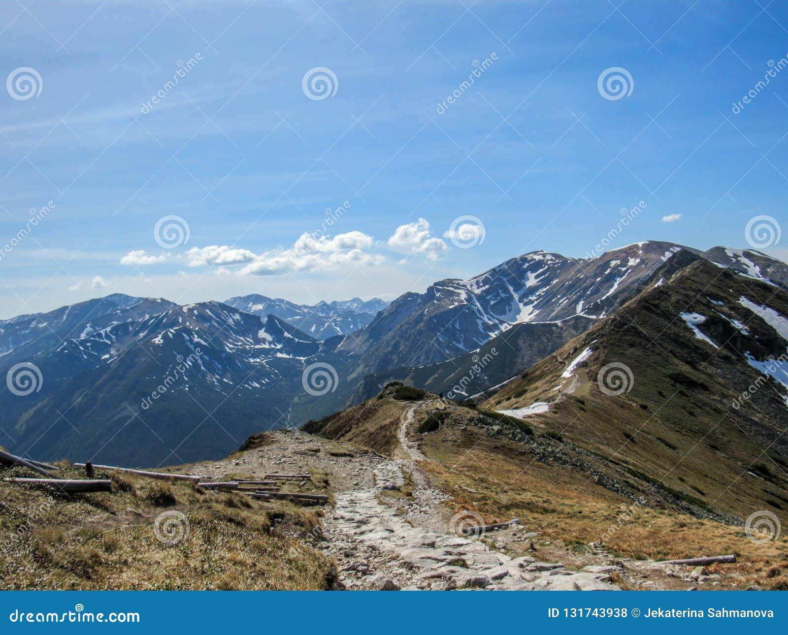 Betäubungslandschaft von Tatra-Bergen, Teil der Karpatengebirgskette in Osteuropa, zwischen Slowakei und Polen
