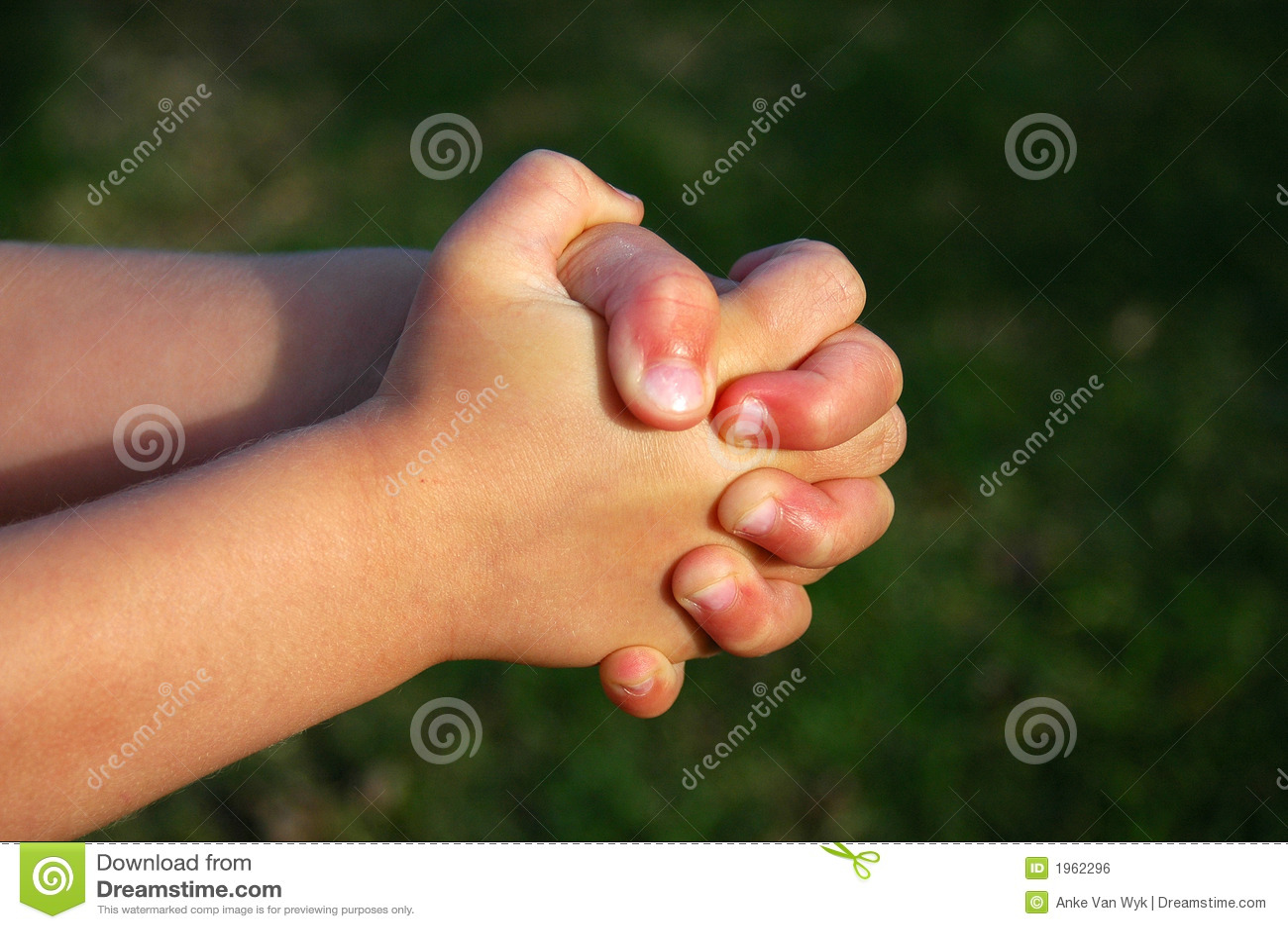 Betende Kindhände