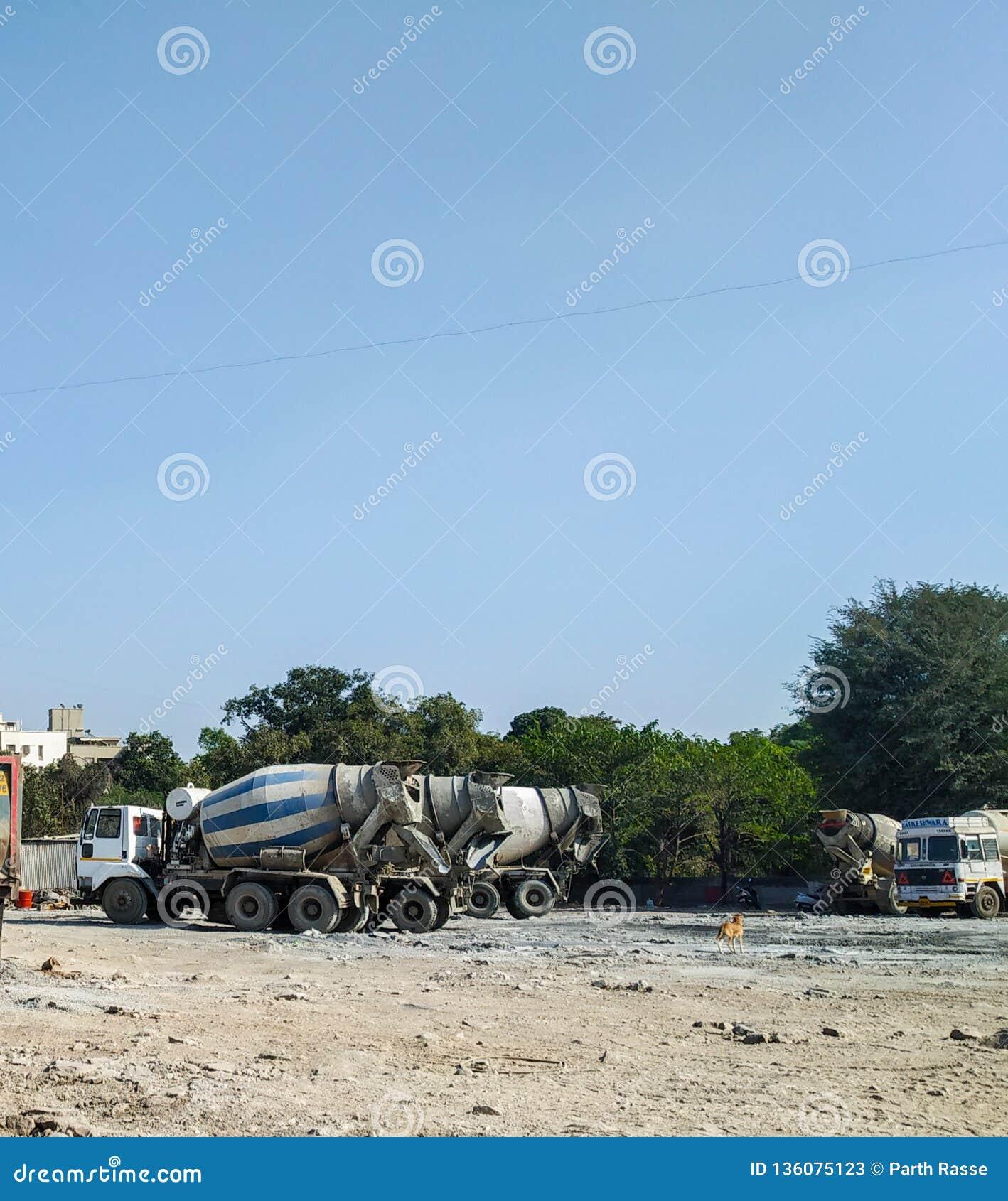 Betonowego melanżeru ciężarówki dla gotowego mieszanego betonu w przemysle budowlanym
