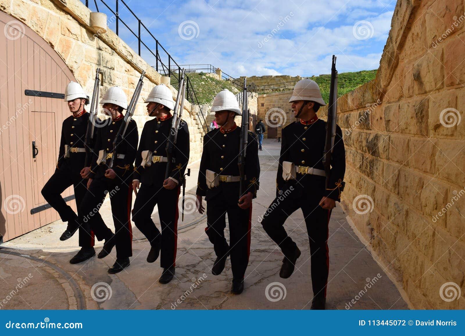 Beträffande-lag av brittisk viktoriansk soldatdrillborrövning på fortet Ricasoli, Malta