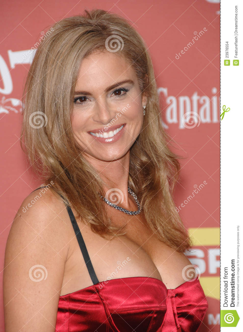 Instagram Betsy Russell nude (18 photo), Tits, Cleavage, Instagram, braless 2006