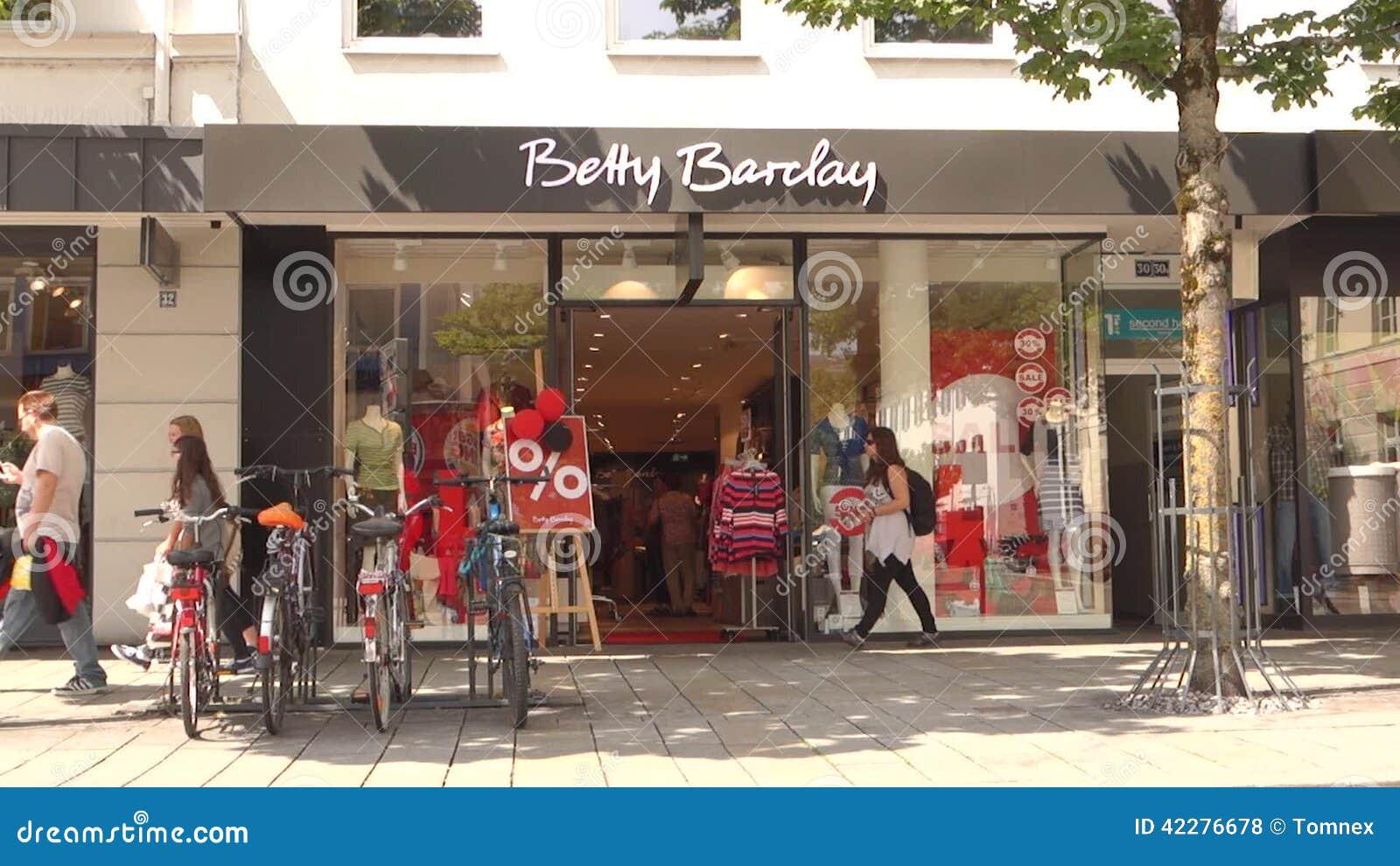 big sale c68f8 4a47d Betty Barclay customers.