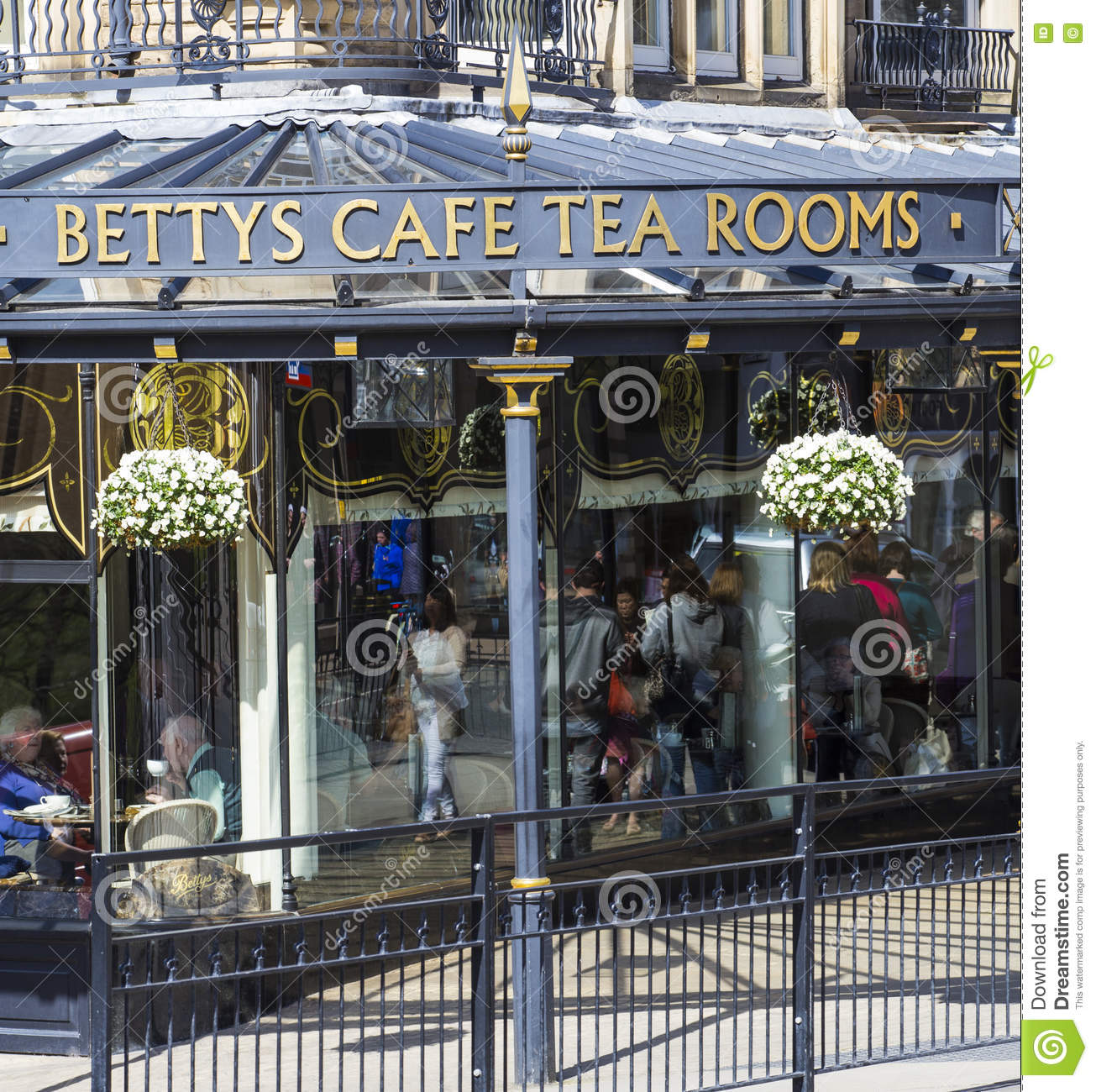 Betty S Cafe In Harrogate North Yorkshire Editorial Photo