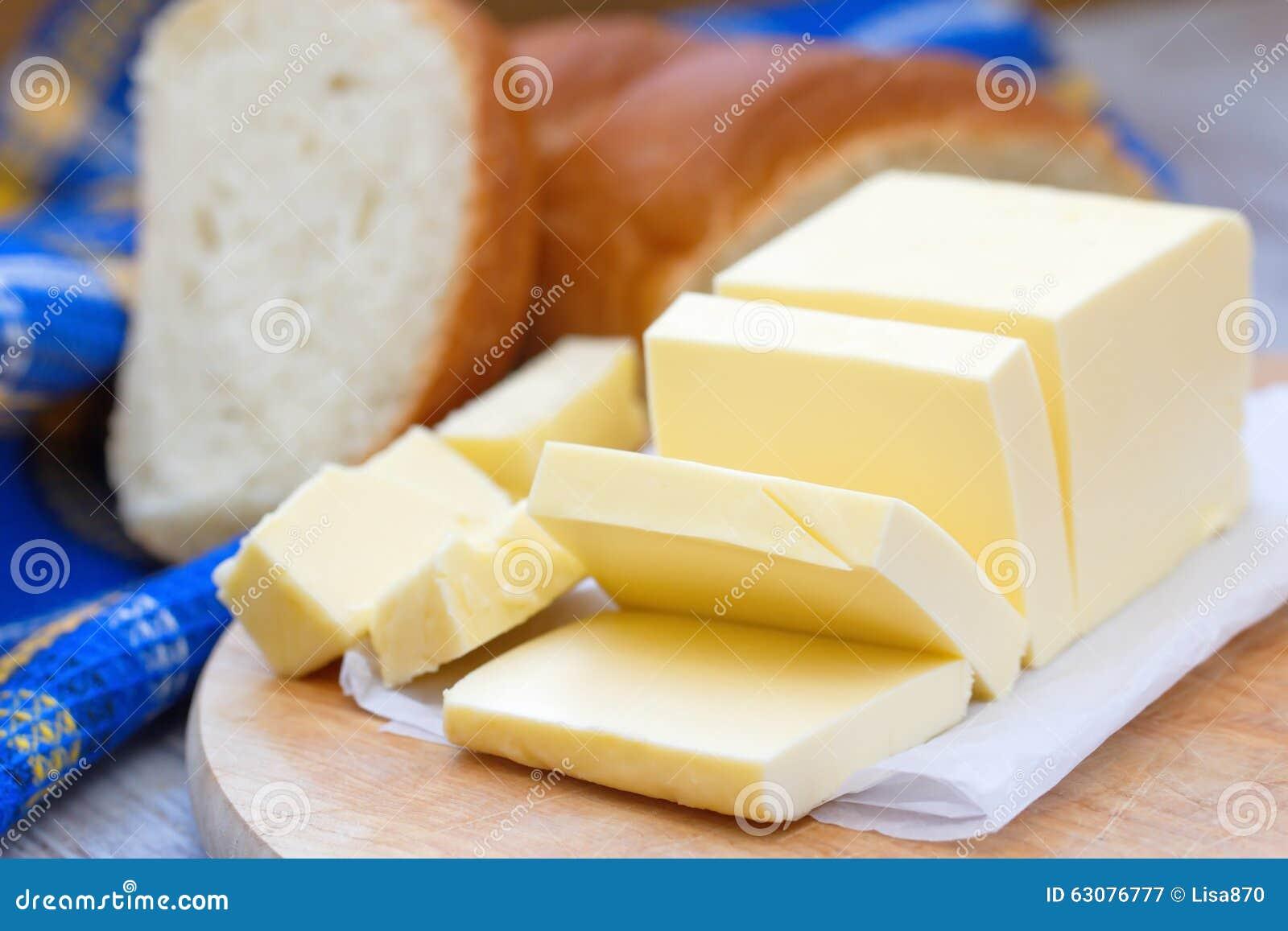 Download Beurre Frais Sur La Table En Bois Image stock - Image du breakfast, foodstuff: 63076777