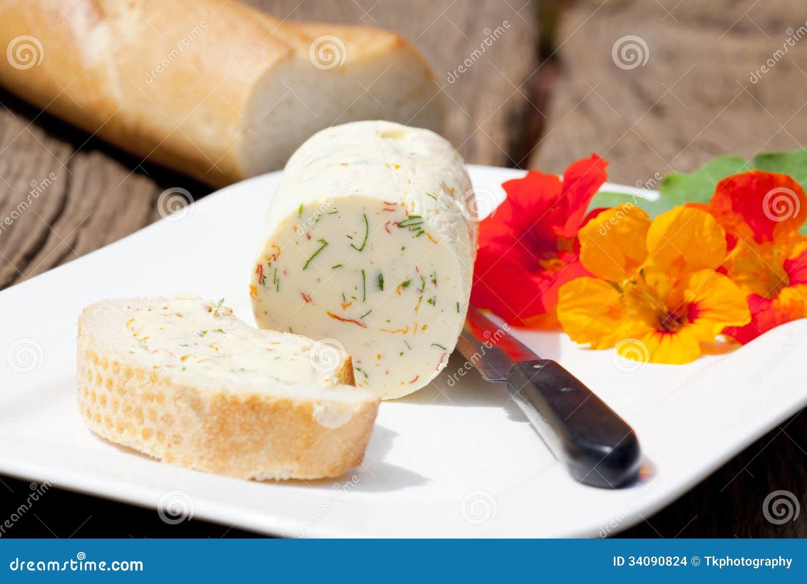 Beurre persillé fait maison de nasturce