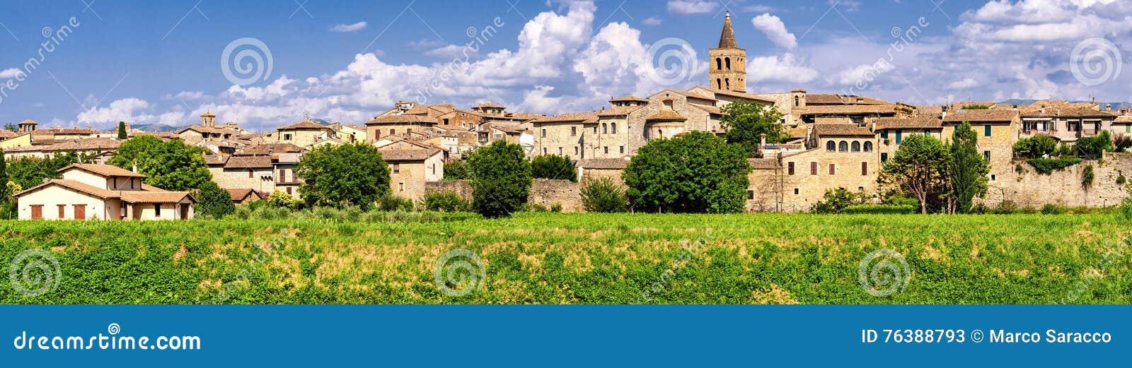 Bevagna et x28 ; Umbria& x29 ; définition élevée panoramique
