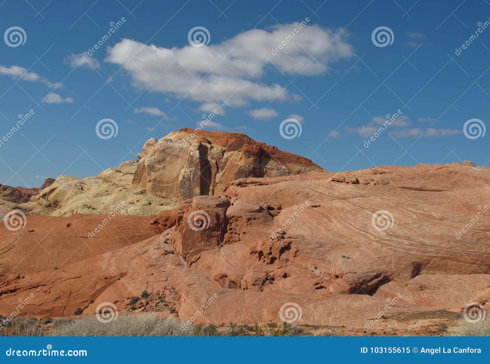 Bevallige Rotsvormingen in Vallei van het Park van de Brandstaat, Nevada