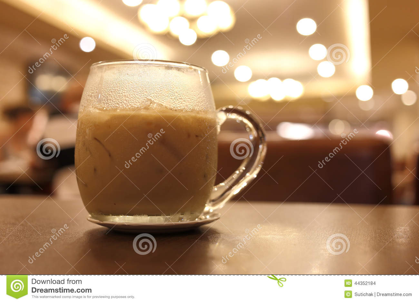 Bevanda ghiacciata del caffè in caffè