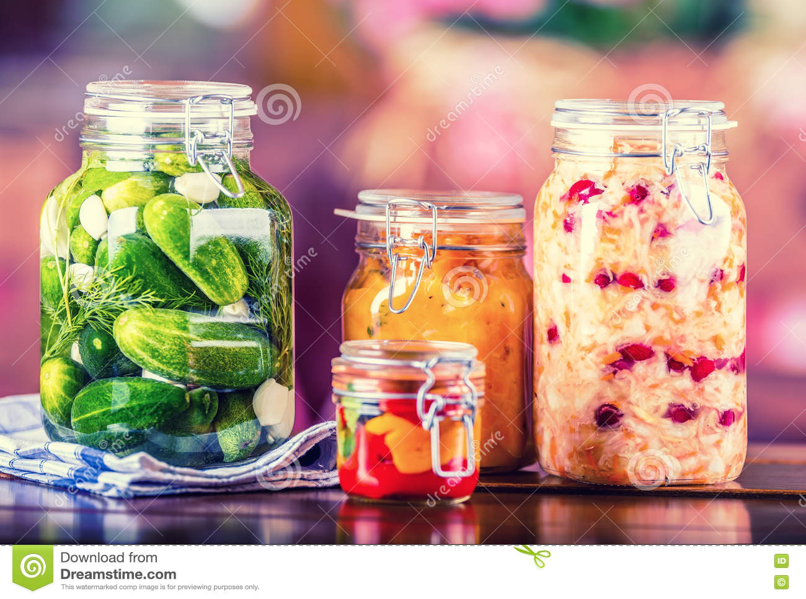 Bevara Knipakrus Krus med knipor, pumpadopp, vit kål, grillad röd gul peppar inlagda grönsaker
