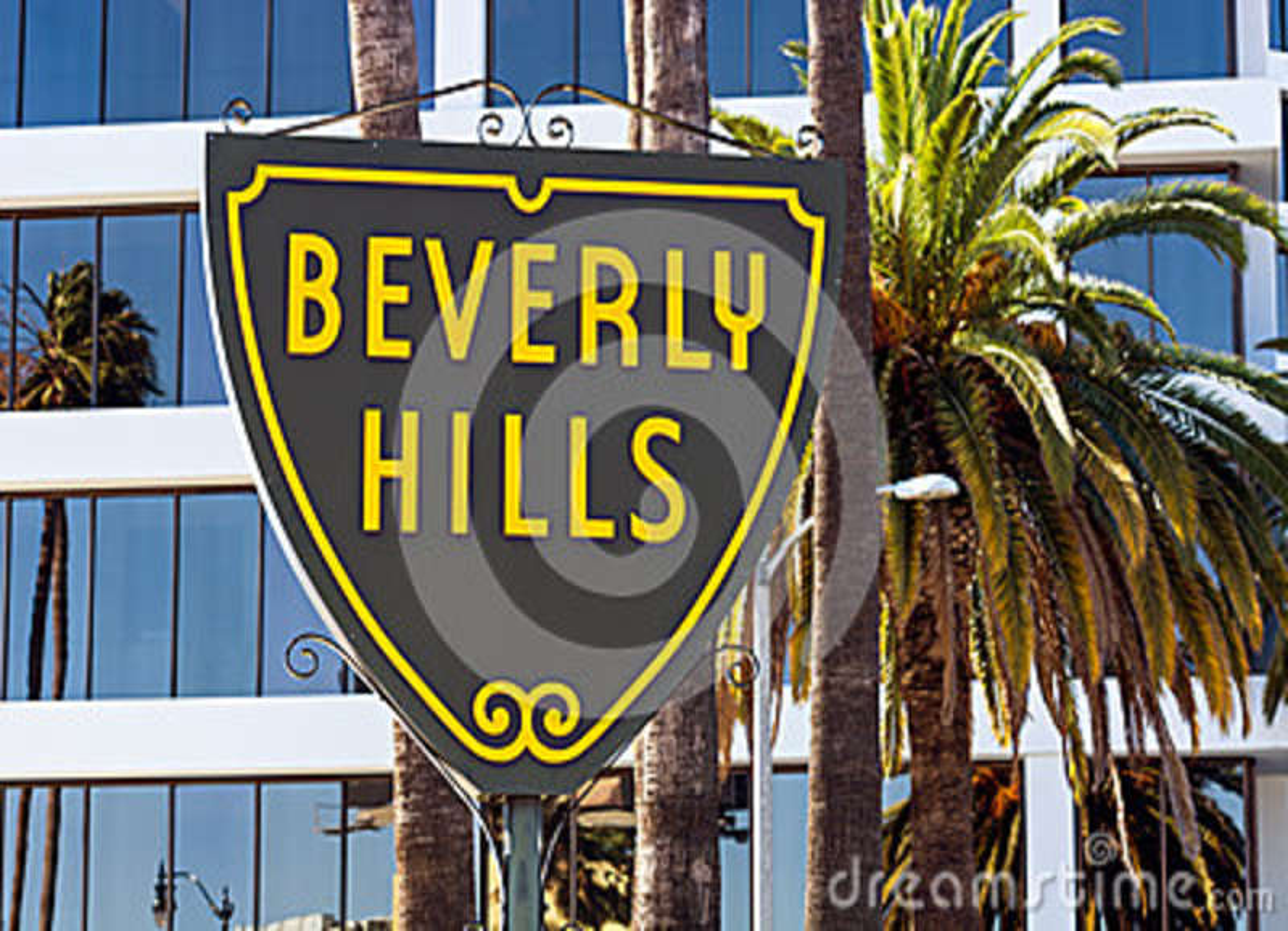 Beverly Hills undertecknar in Los Angeles