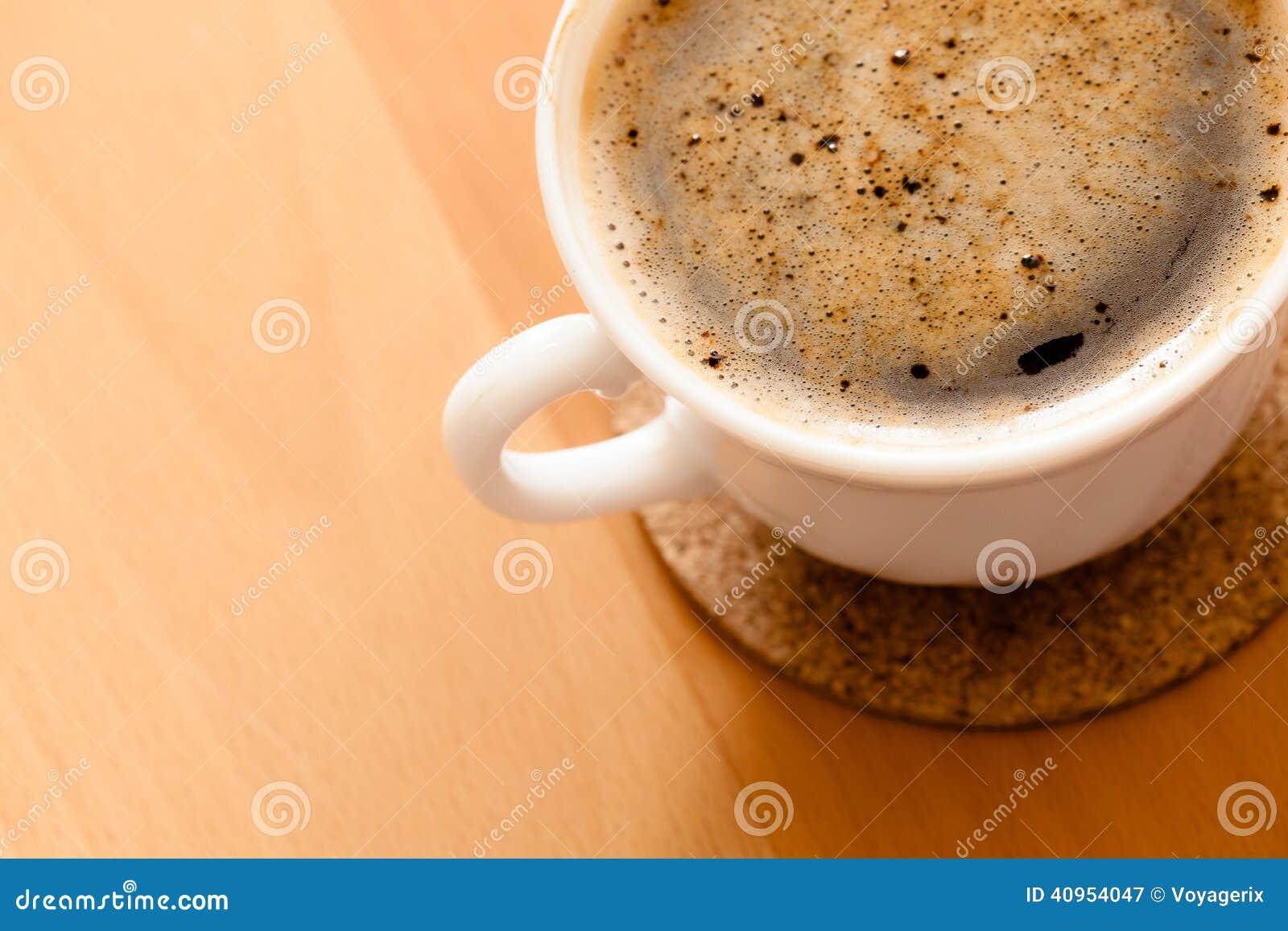 Beverly Kopp av varmt drinkkaffe med fradga