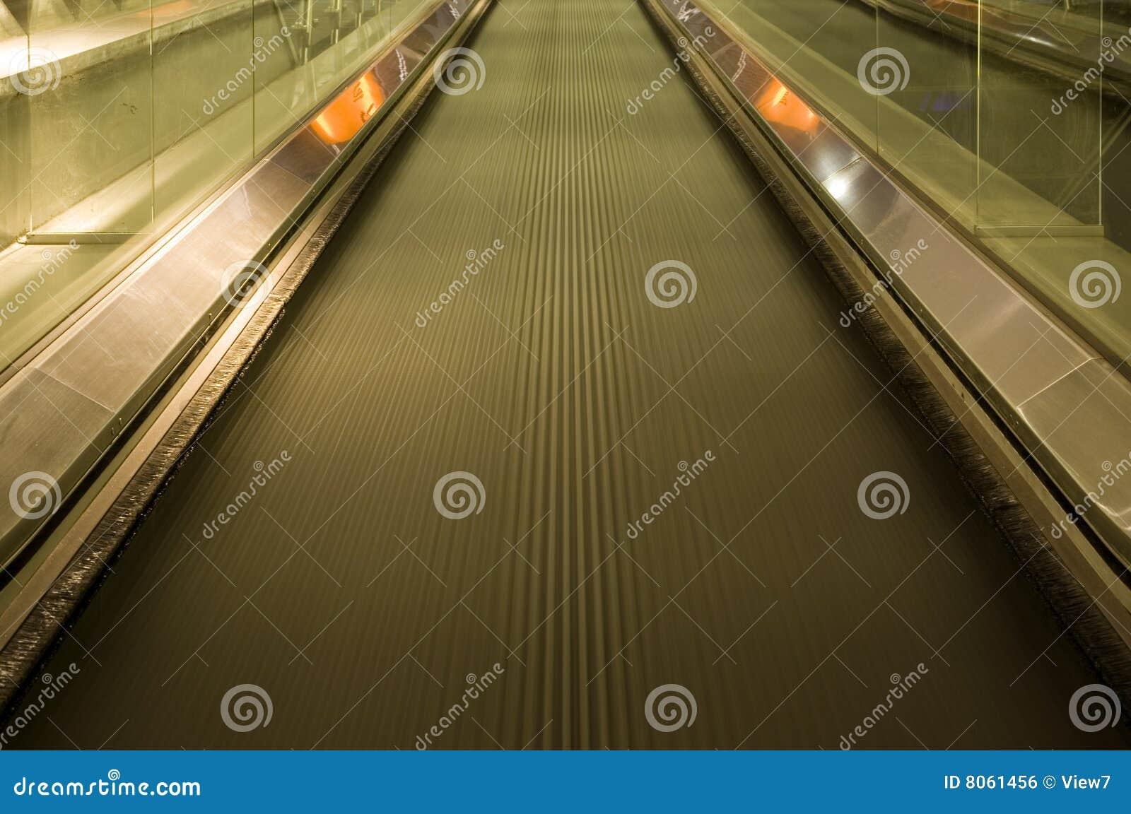 Beweglicher Gehweg
