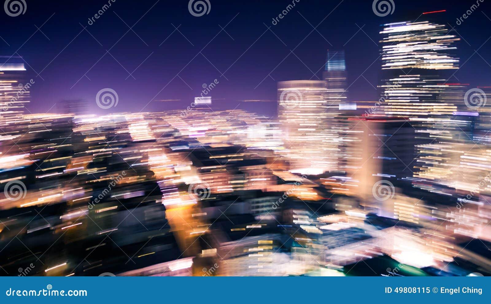 Bewegungsunschärfe von Stadt-Lichtern