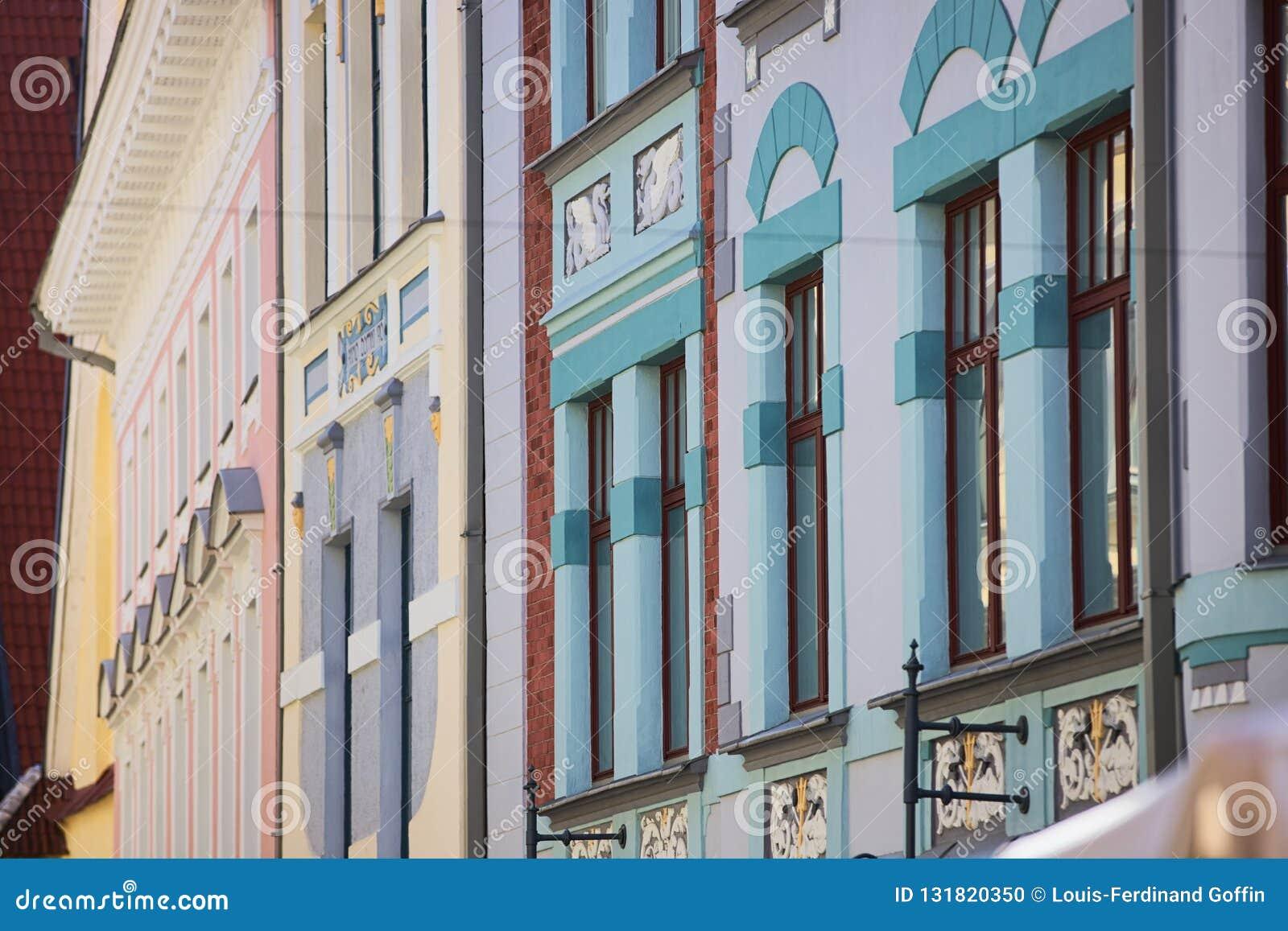 Bezaubernde KunstDeco-Fassaden in Tallinn, Estland