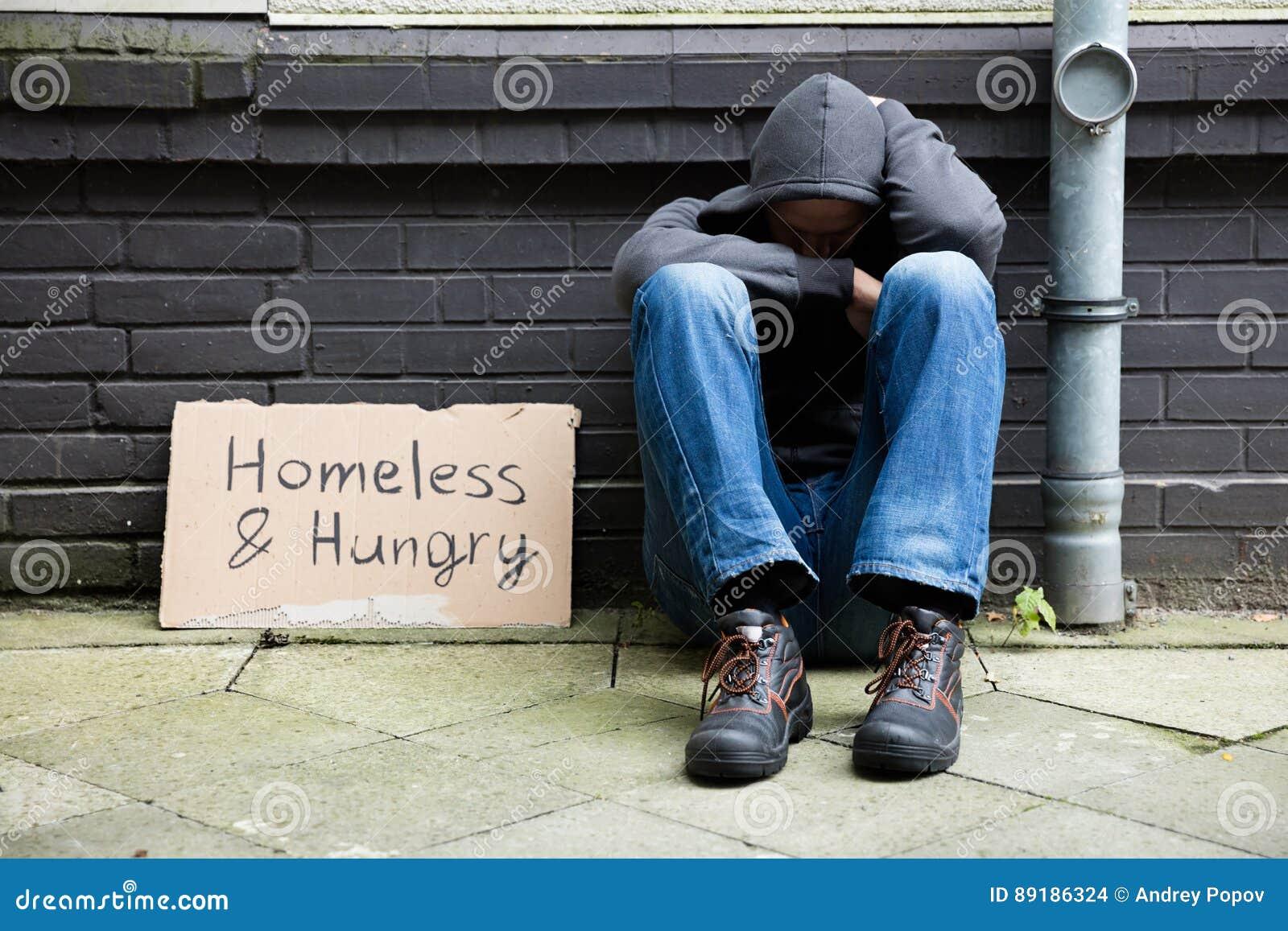 Bezdomny I Głodny mężczyzna