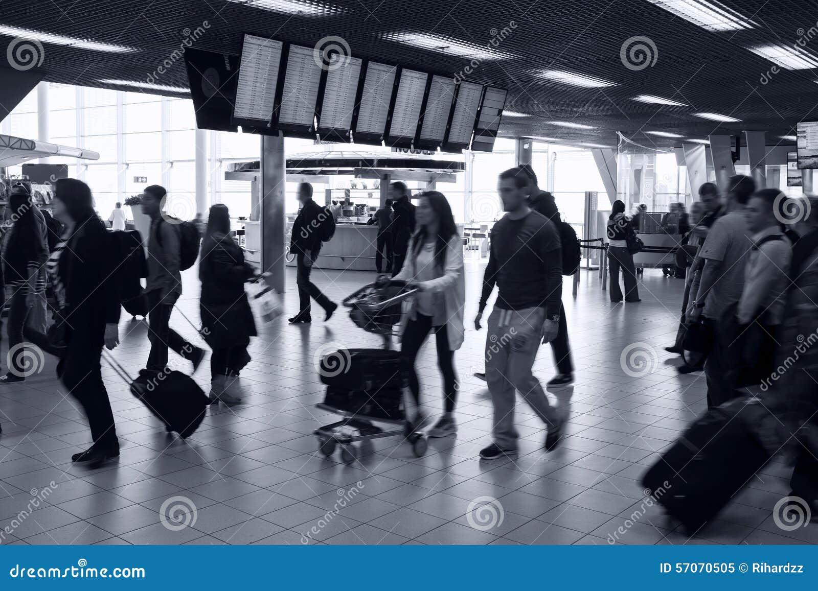 Bezig luchthavenbinnenland
